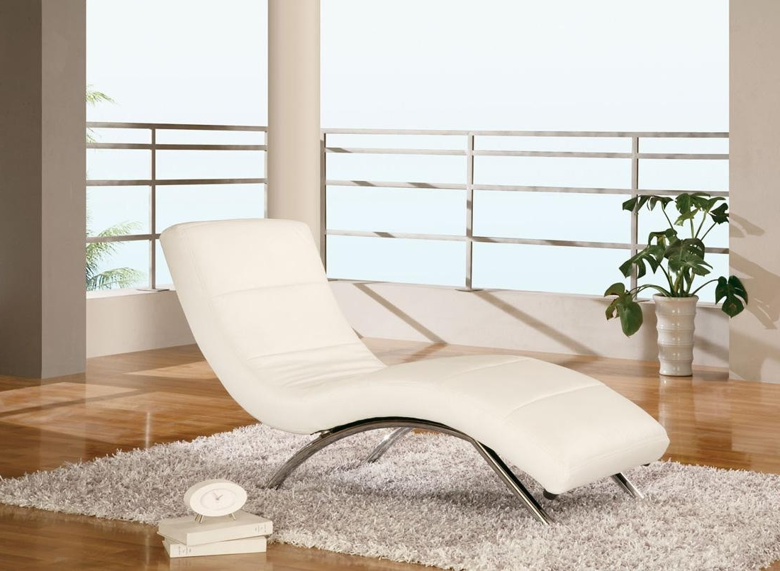 Newest White Leather Chaises Regarding White Leather Chaise (View 7 of 15)