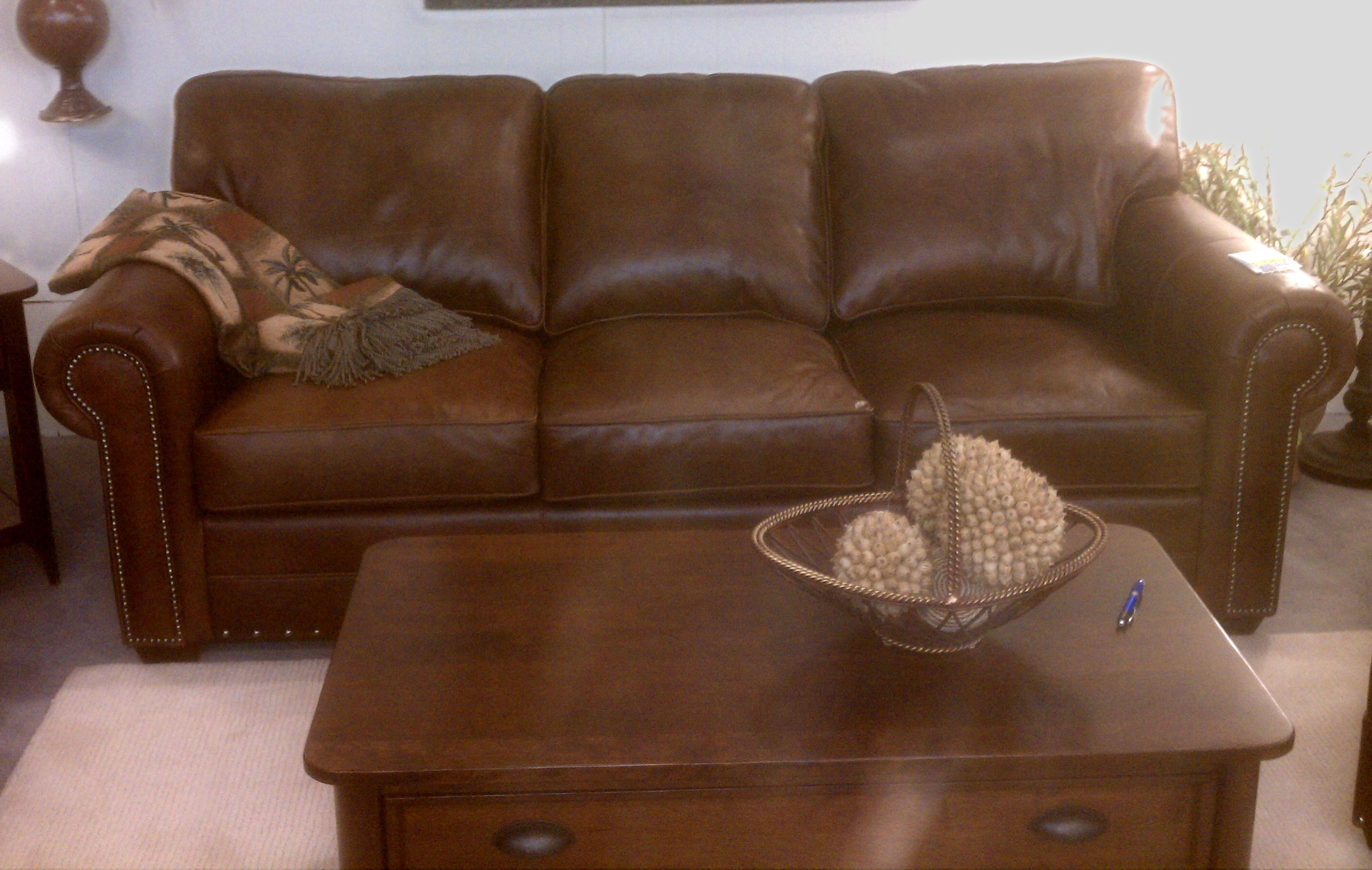 Norwalk Leather Sofa – Home Design Ideas And Pictures For Famous Norwalk Sofas (View 11 of 15)