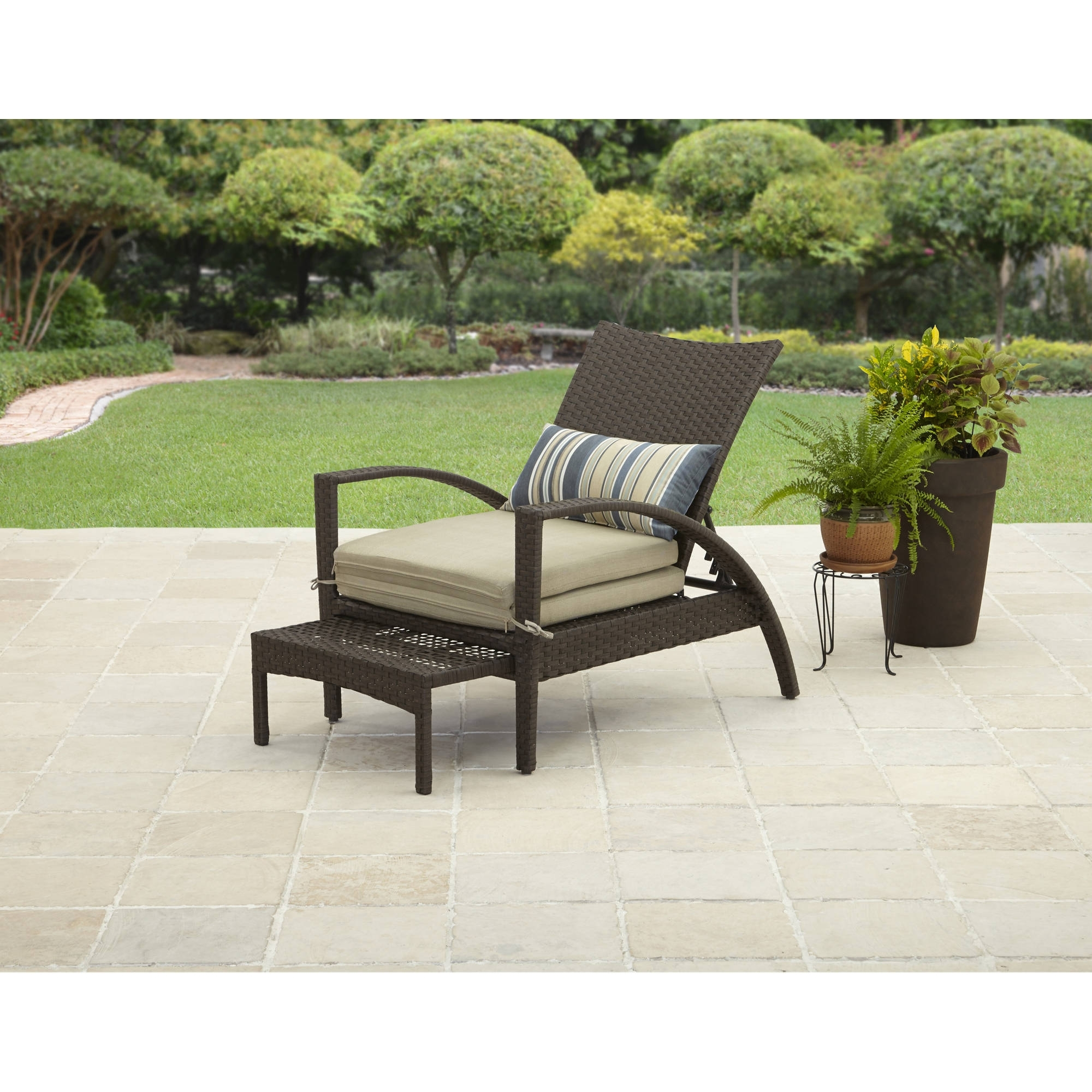 Outdoor Chaise Lounge Chairs At Walmart Within 2018 Better Homes And Gardens Avila Beach Pull Out Chaise – Walmart (View 10 of 15)