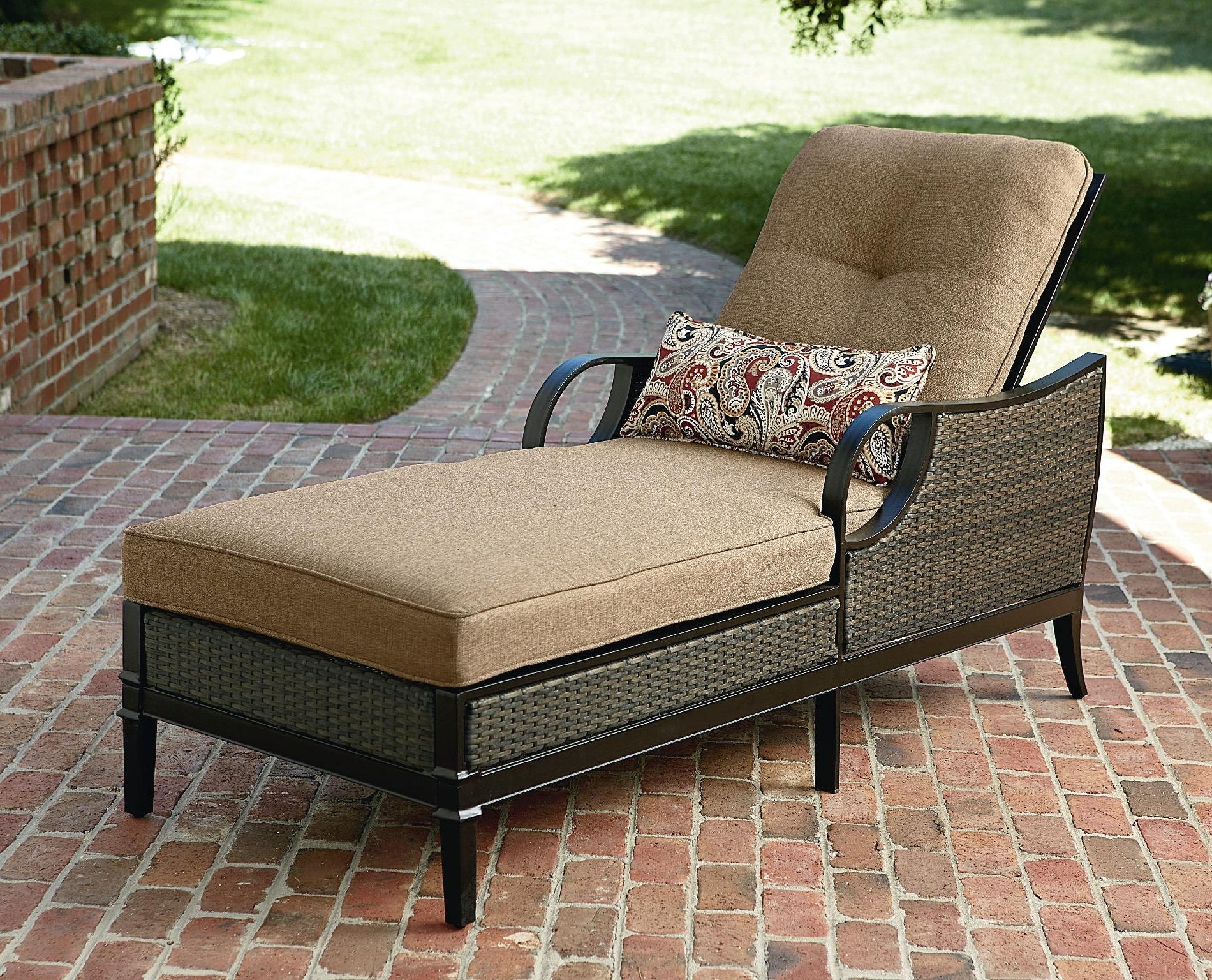 Outdoor Chaise Lounge Chairs With Arms Inside Trendy Chaise Lounge Chairs For Patio • Lounge Chairs Ideas (View 4 of 15)