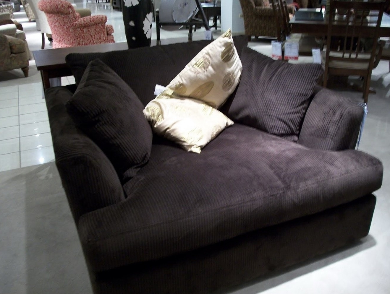 Oversized Chaise Lounge Sofa with regard to Current Oversized Chaise Lounge Sofas