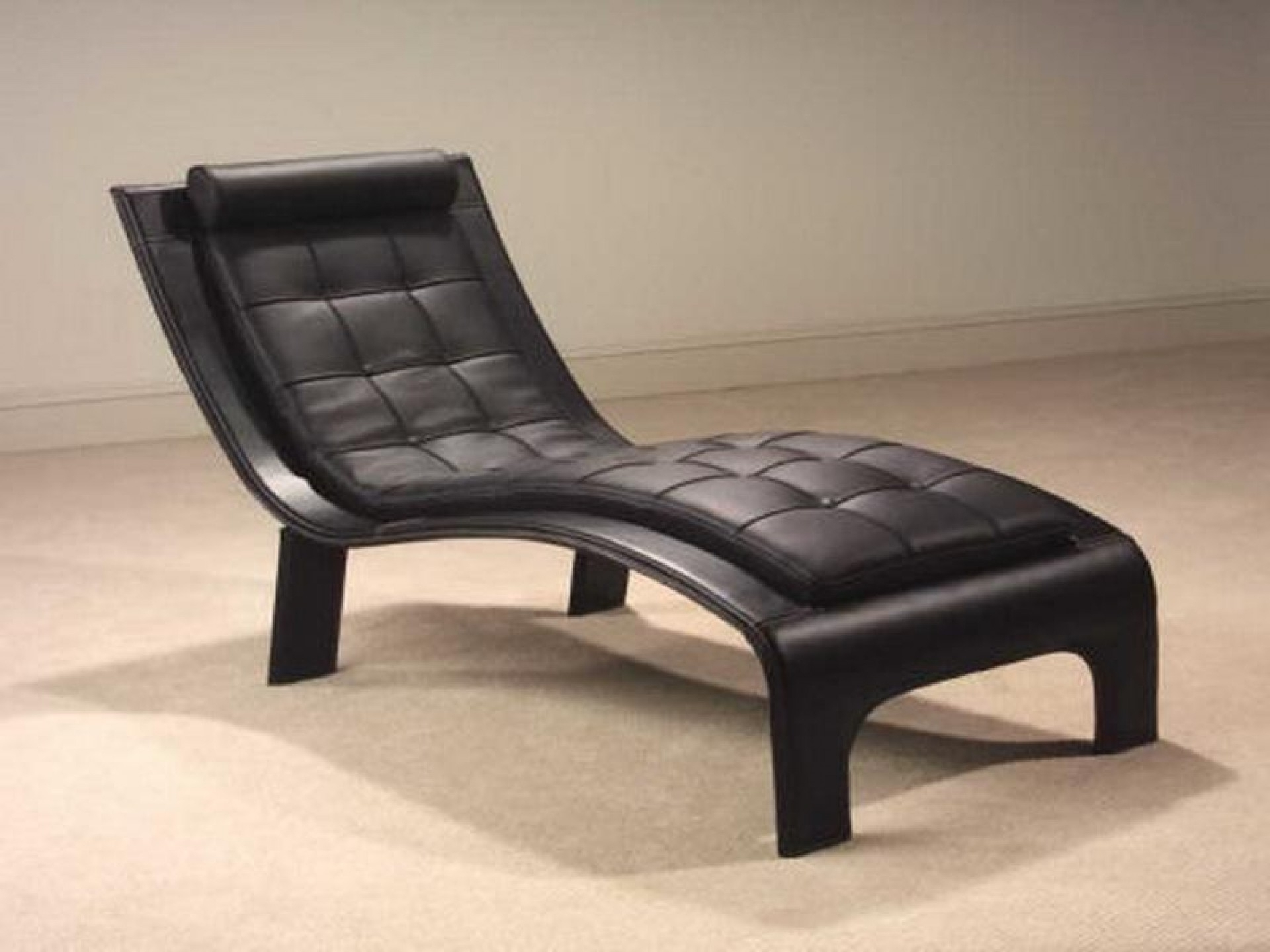 Popular Black Leather Chaise Lounge Chairs • Lounge Chairs Ideas With Black Leather Chaises (View 15 of 15)