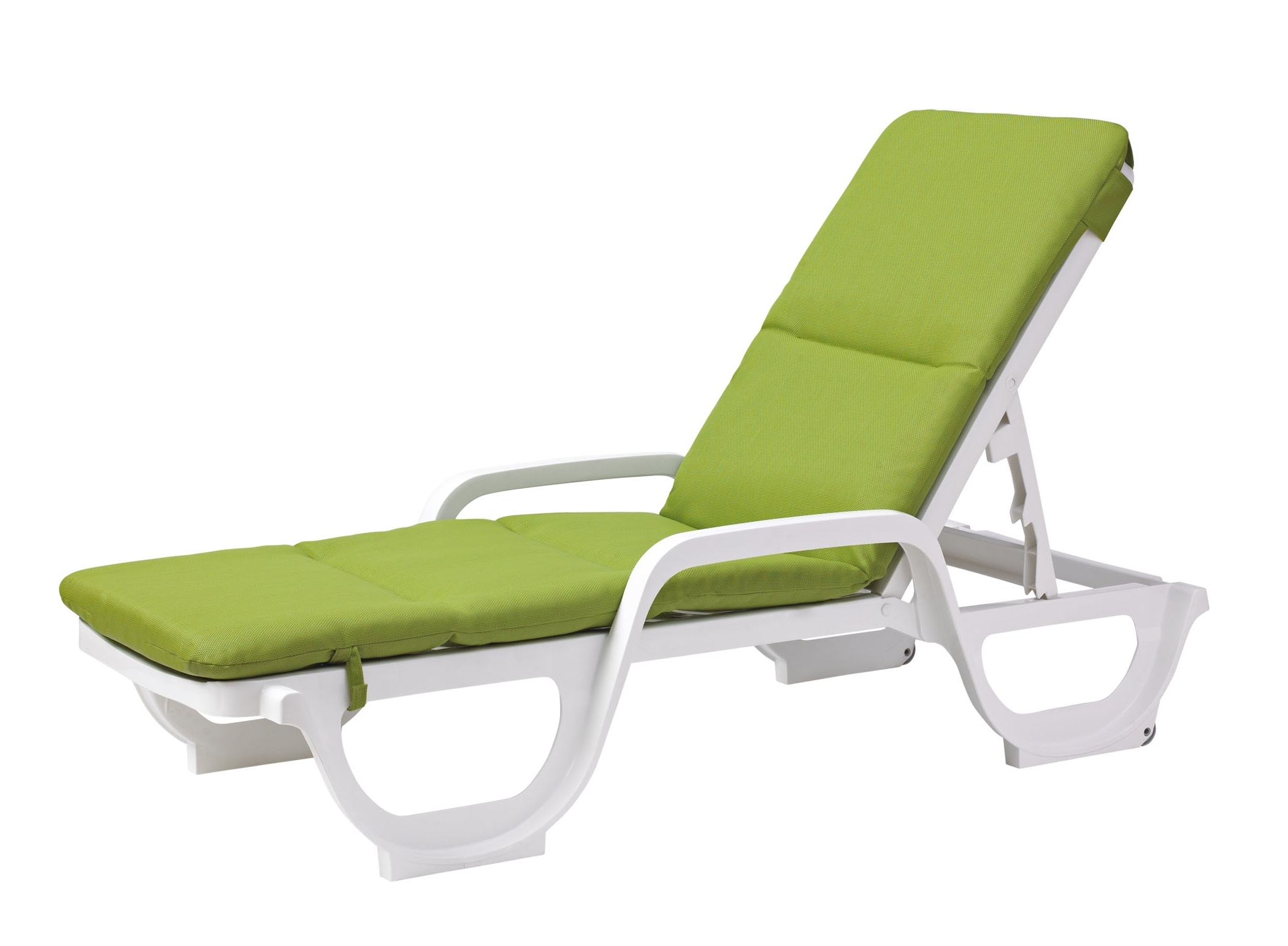 Popular Green Chaise Lounge Chairs With Green Pool Lounge Chairs • Lounge Chairs Ideas (View 12 of 15)