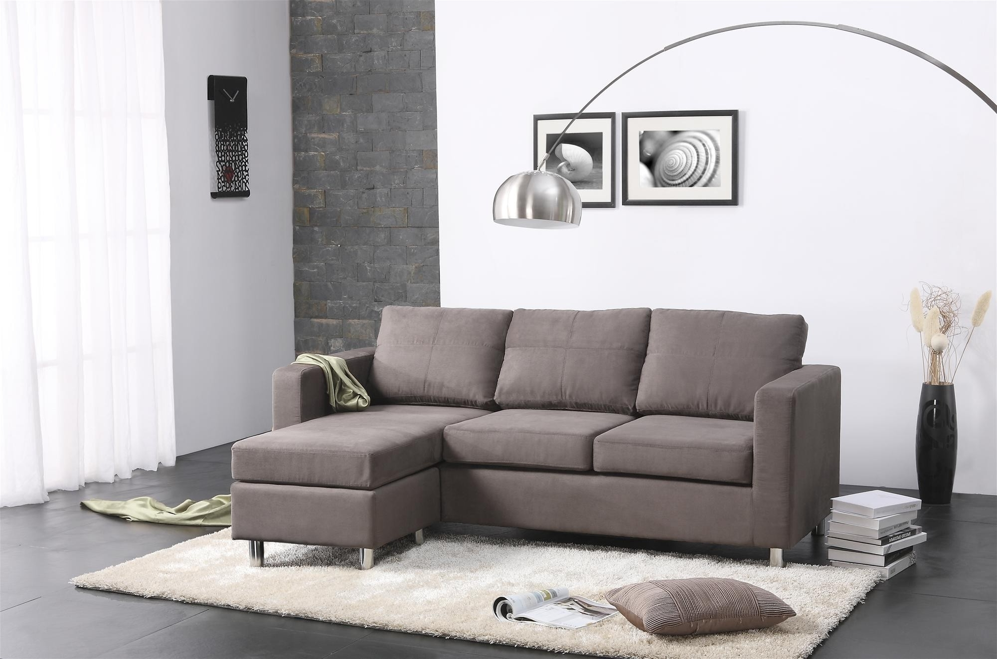 Popular Small Sectional Sofas With Chaise Lounge Inside Awesome Find Small Sectional Sofas For Small Spaces 25 On (View 7 of 15)