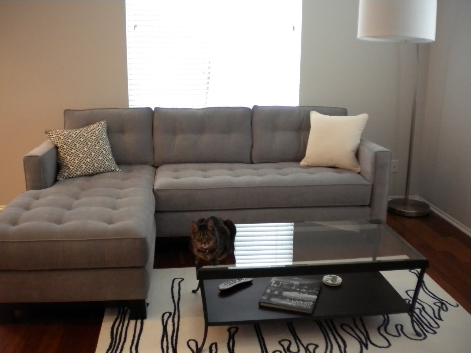 Popular Tufted Sectionals With Chaise For Interior: Gray Couches Living Room Features Light Gray Velvet (View 7 of 15)