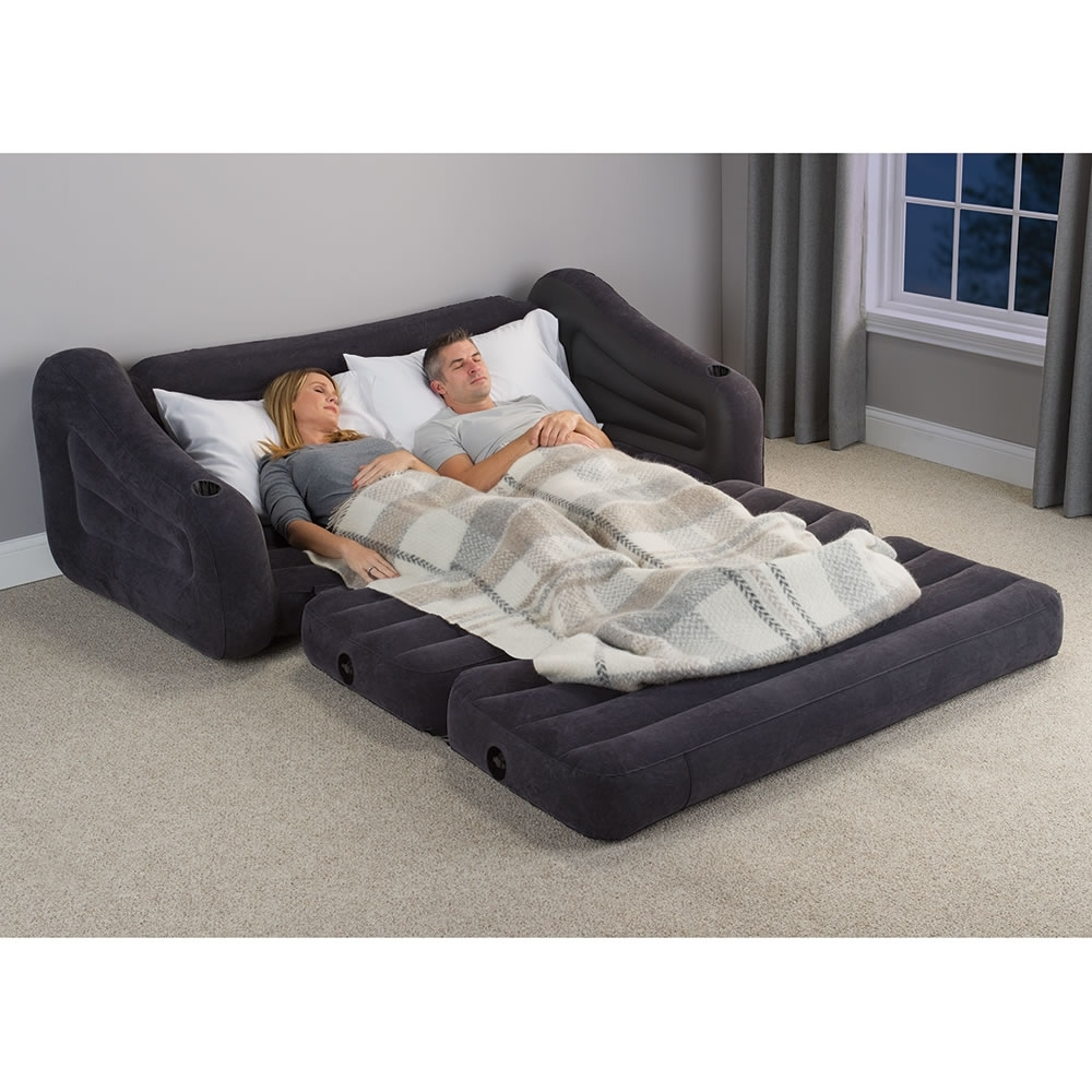 Queen Size Sofas Pertaining To Fashionable The Inflatable Queen Size Sleeper Sofa – Hammacher Schlemmer (View 6 of 15)
