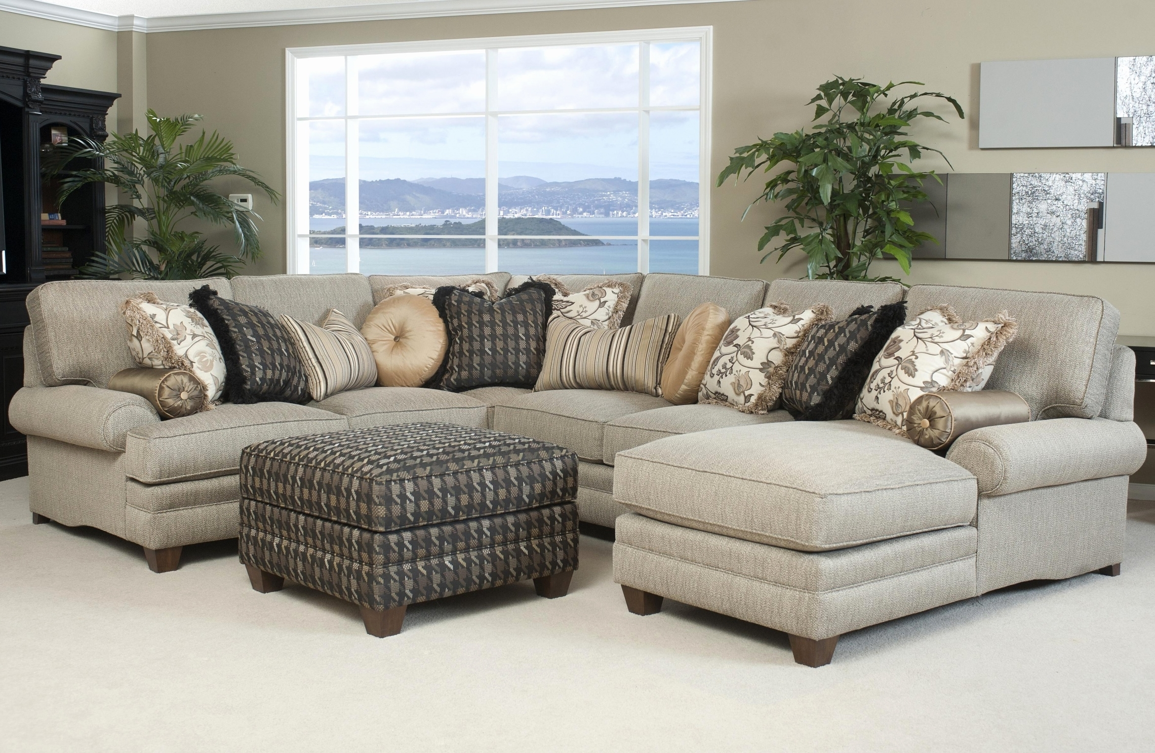 Recent 32 Amazing Sectional Sofa With Chaise Lounge Pictures – Sectional Throughout Halifax Sectional Sofas (View 5 of 15)