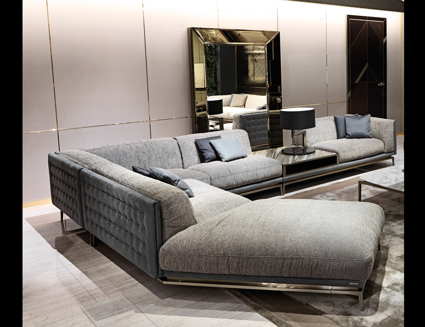 Recent High End Sectional Sofas Within Italian Designer Luxury High End Sofas & Sofa Chairs: Nella Vetrina (View 10 of 15)