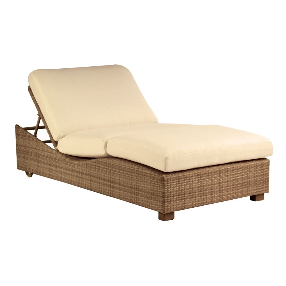 Recent Outdoor Double Chaise Lounges Pertaining To Whitecraftwoodard Saddleback Wicker Double Chaise Lounge (View 15 of 15)