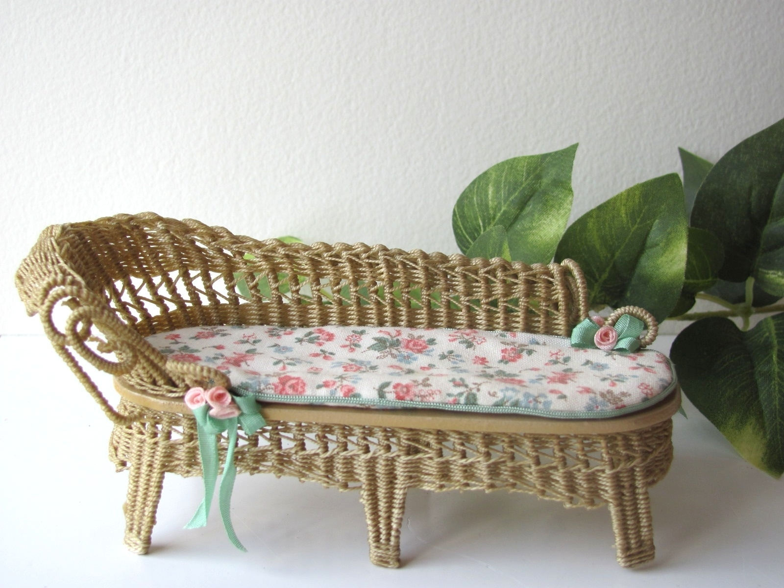 Recent Wicker Chaise Lounge Chairs Throughout Country Cottage Chic Wicker Chaise Lounge 1/12 Miniature Dollhouse (View 9 of 15)