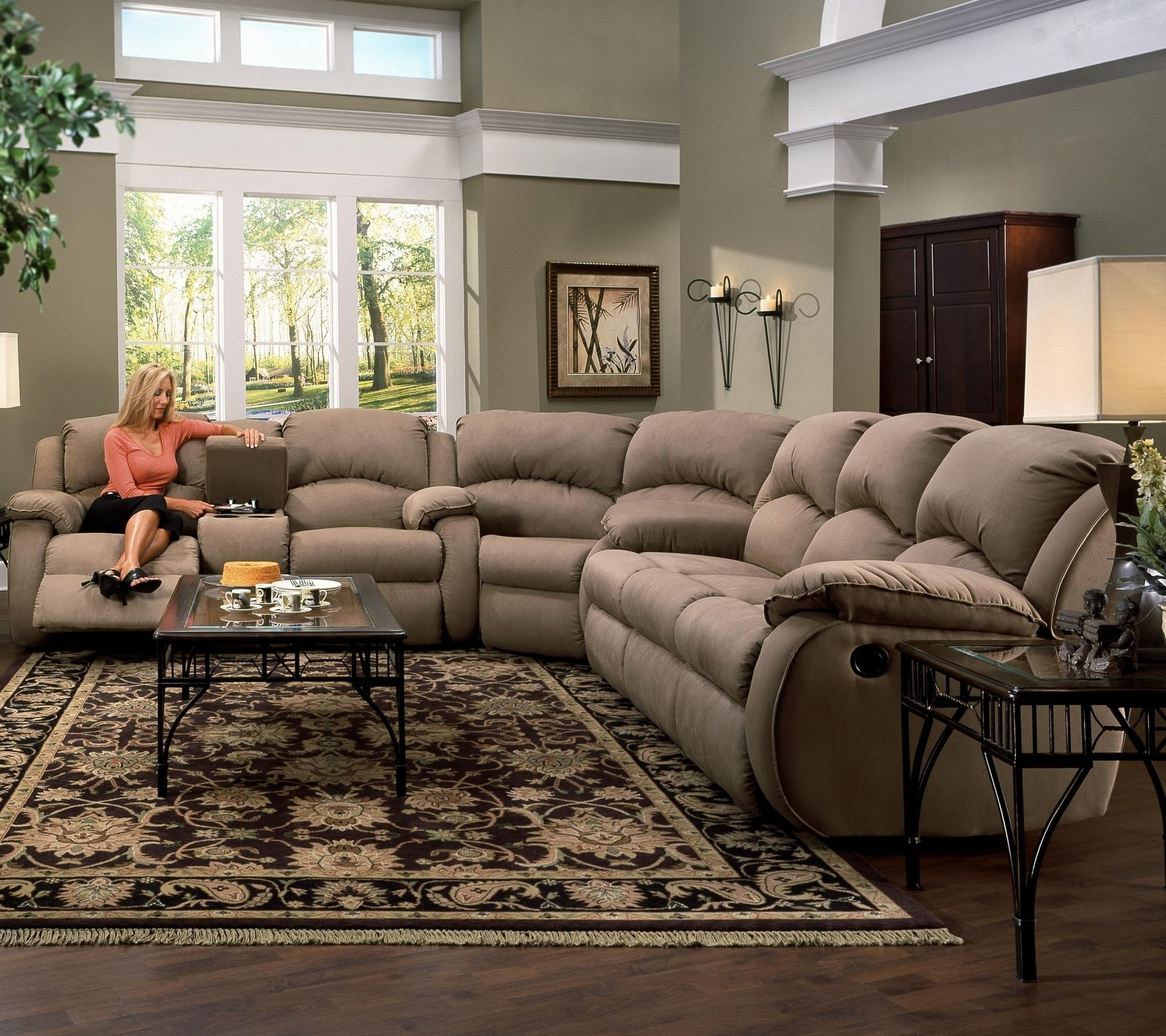 Recliners Chairs & Sofa : Sofa Sectional Recliner With L Shaped In Recent Motion Sectional Sofas (View 13 of 15)