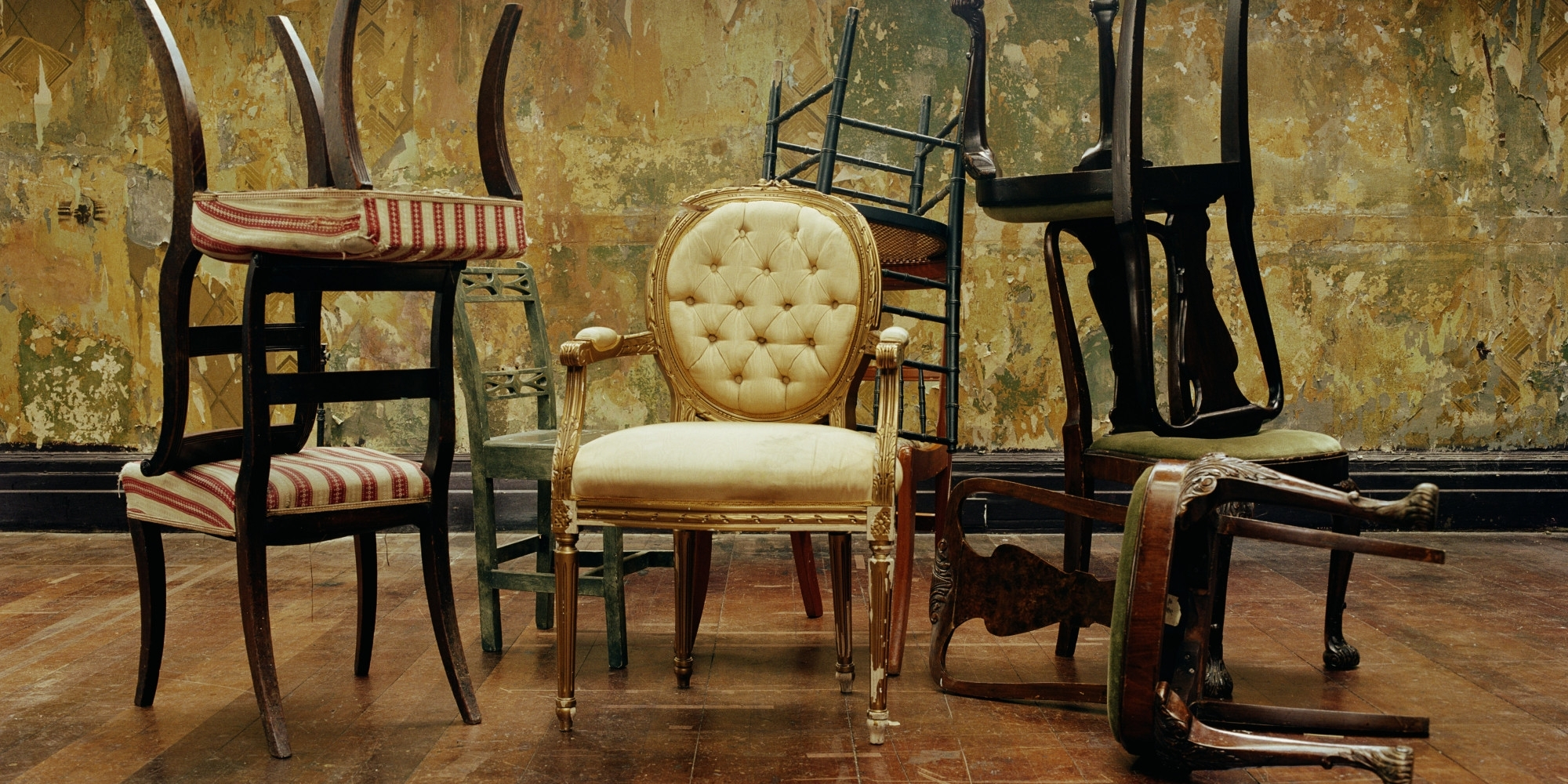Retro Sofas And Chairs With Regard To Favorite 10 Best Websites For Vintage Furniture That You Can Browse From (View 8 of 15)