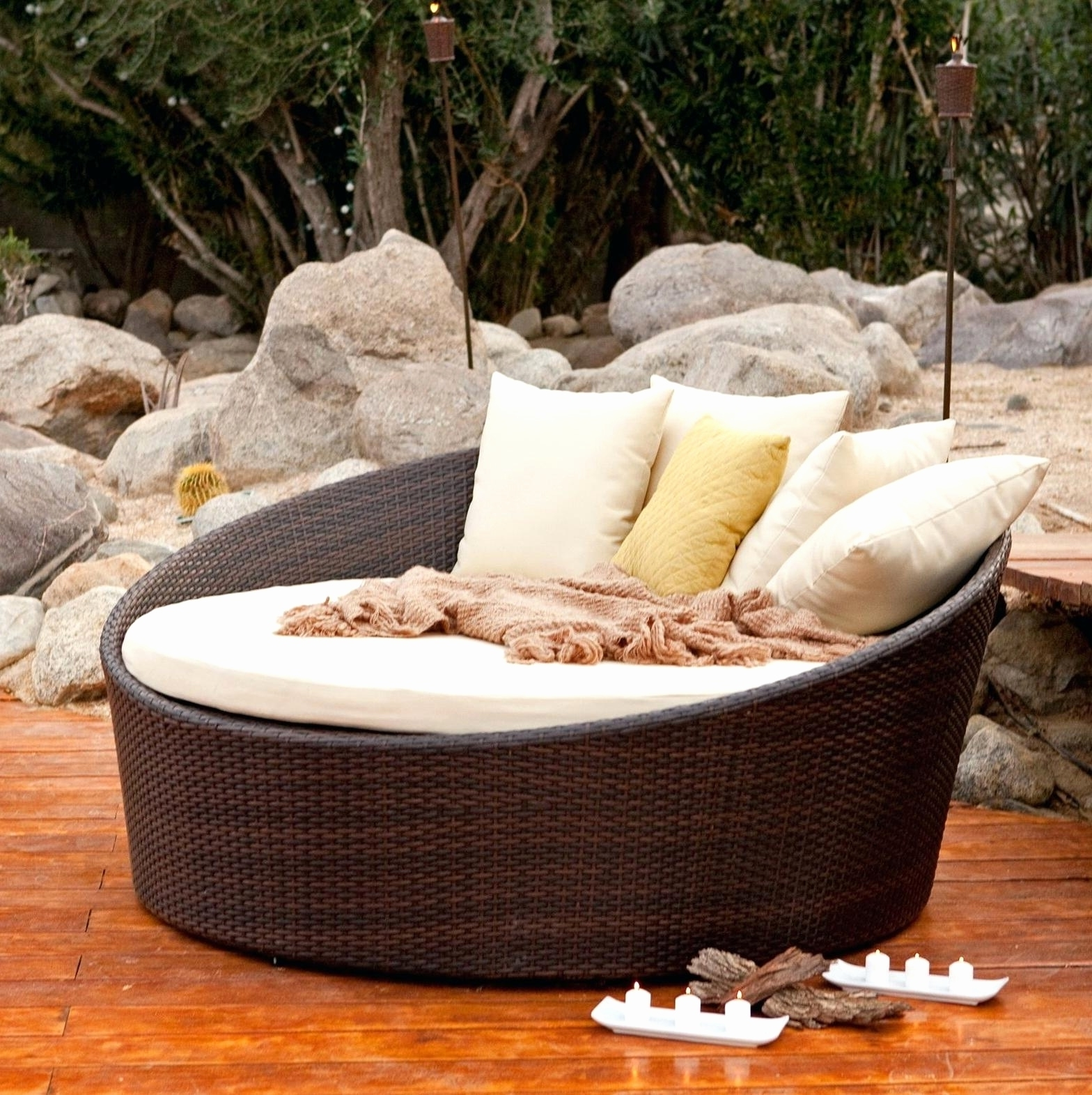 Round Chaise Lounges Inside Best And Newest Convertible Chair : Outdoor Lounge Chairs Patio Chaise Lounge (View 13 of 15)
