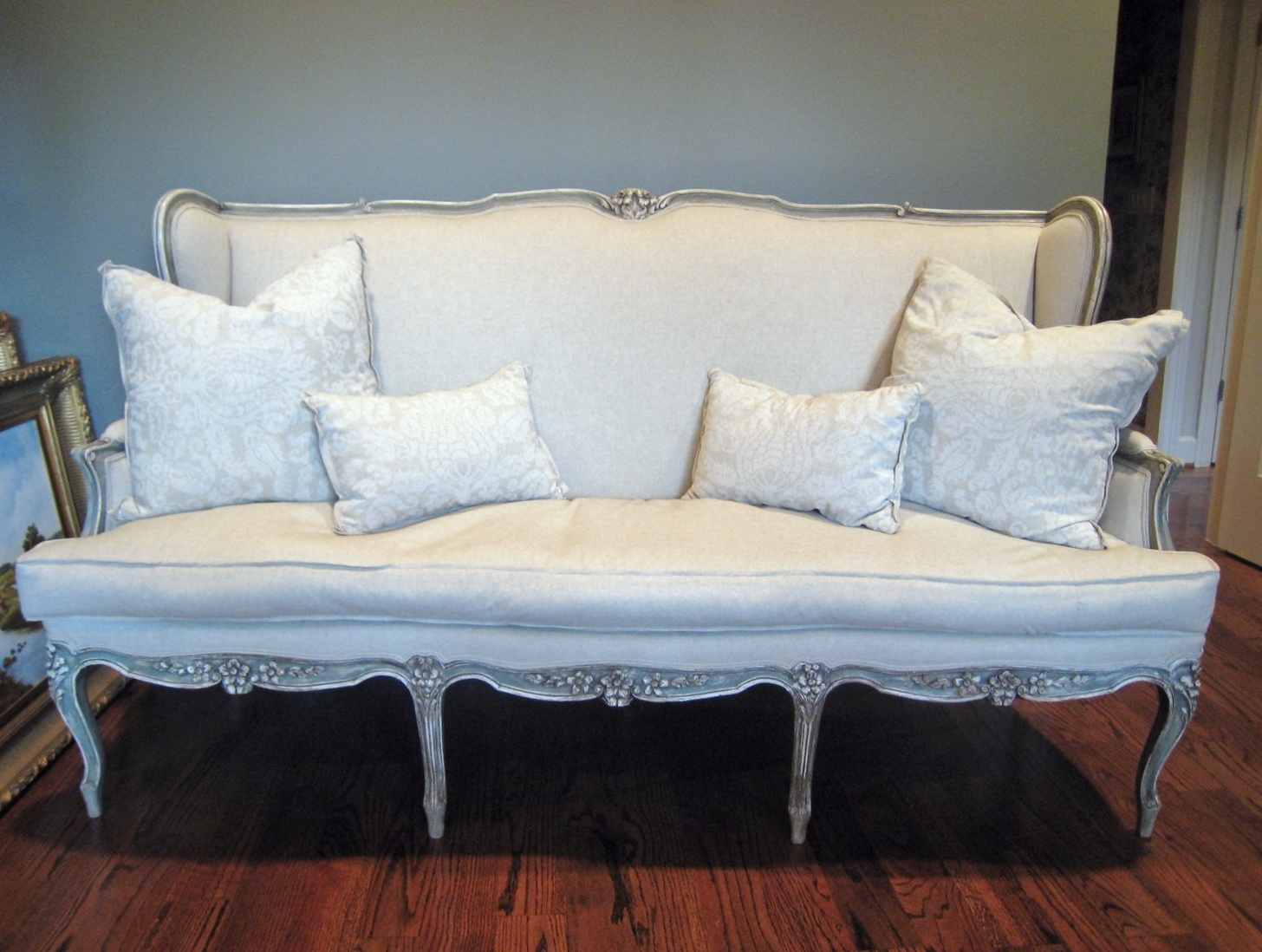Shabby Chic Sofas For Popular Shabby Chic Sofa Slipcover (View 12 of 15)