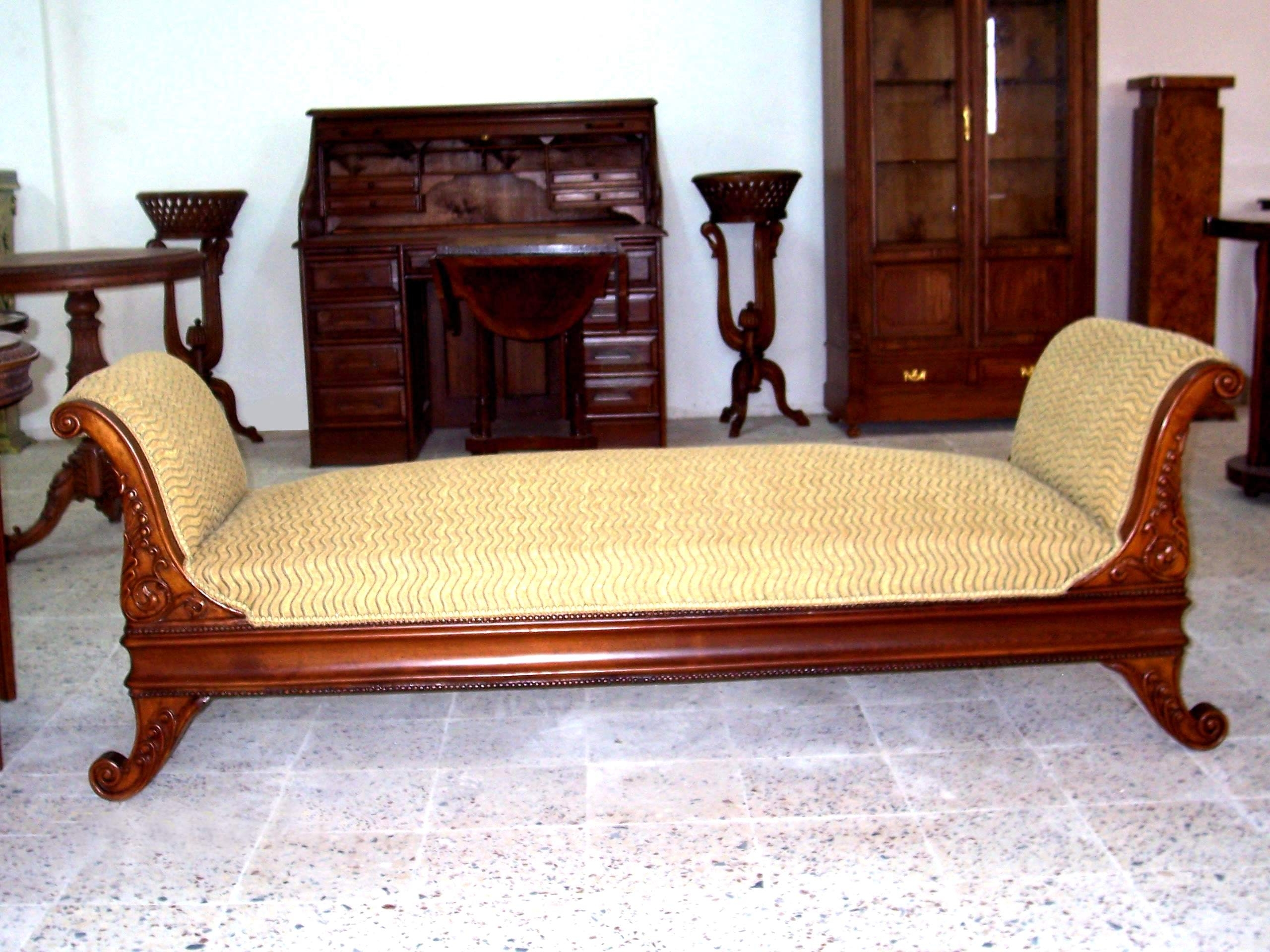 Simple Victorian Chaise Lounge – Home Design And Decor For Popular Victorian Chaise Lounge Chairs (View 11 of 15)