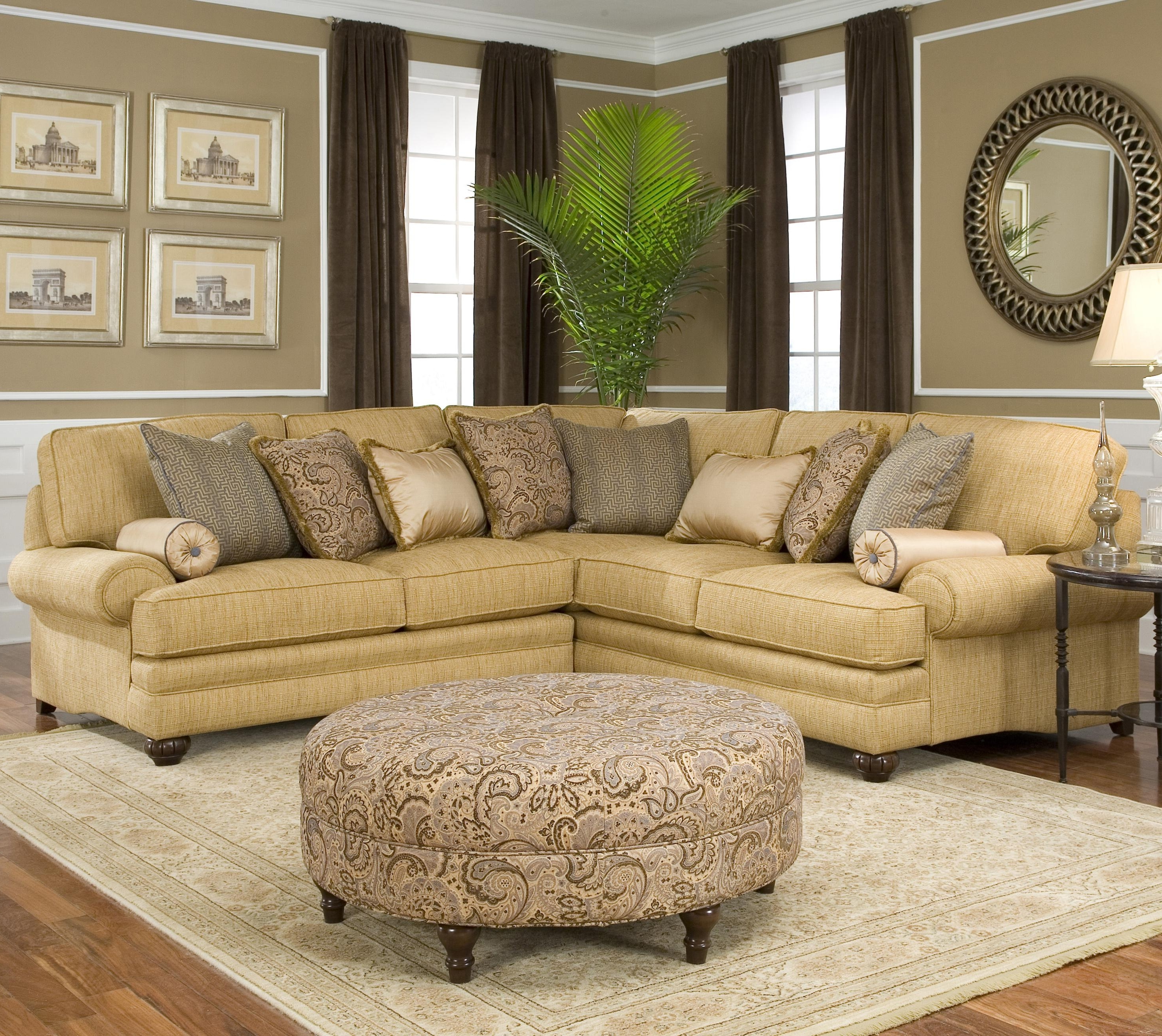 Smith Brothers 376 Traditional Styled Corner Sectional Sofa Throughout Most Popular Rounded Corner Sectional Sofas (View 12 of 15)