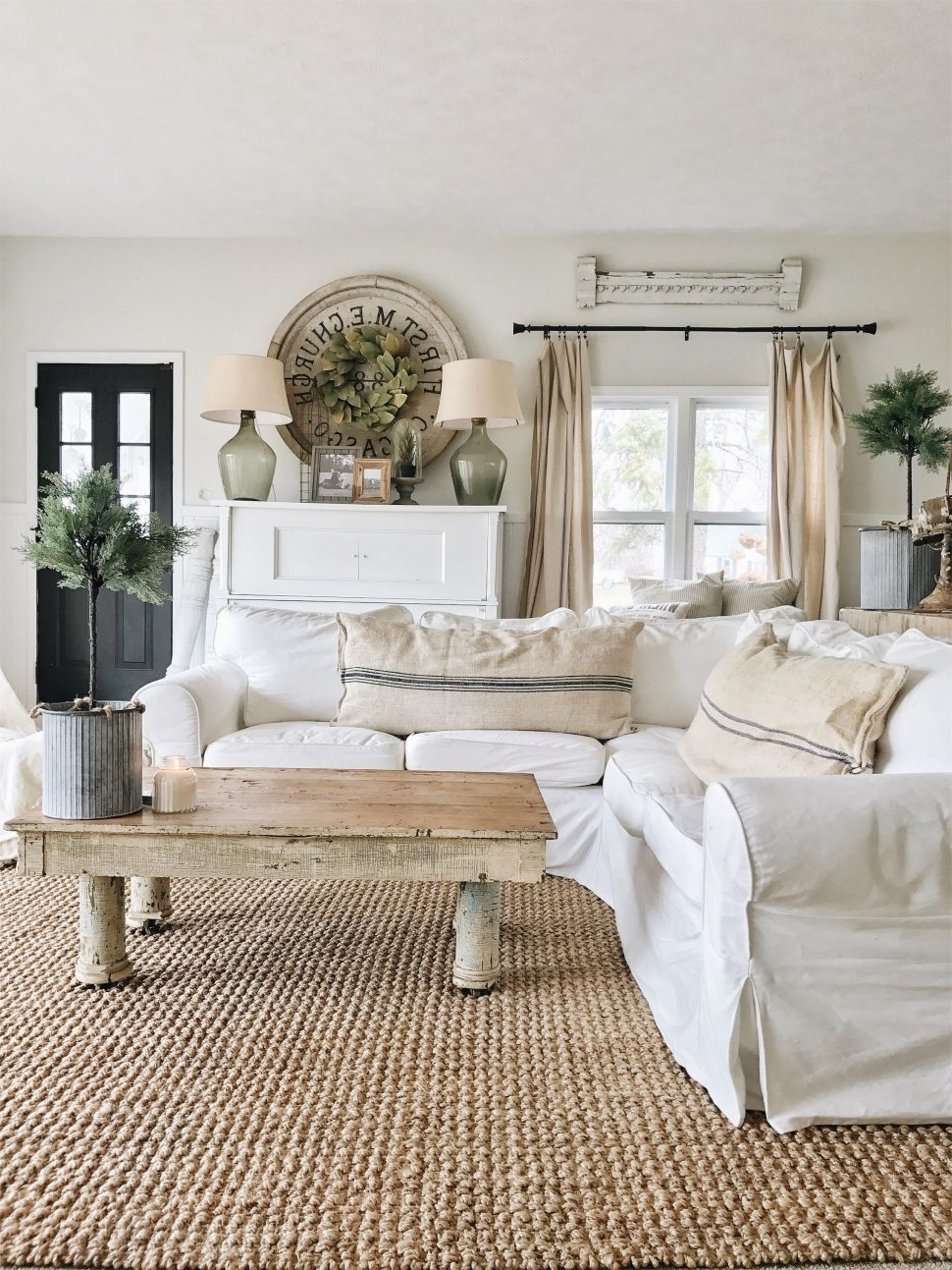 Sofas : Cottage Sofa Country Style Sofas Furniture Small Cottage Pertaining To Trendy Country Style Sofas (View 9 of 15)