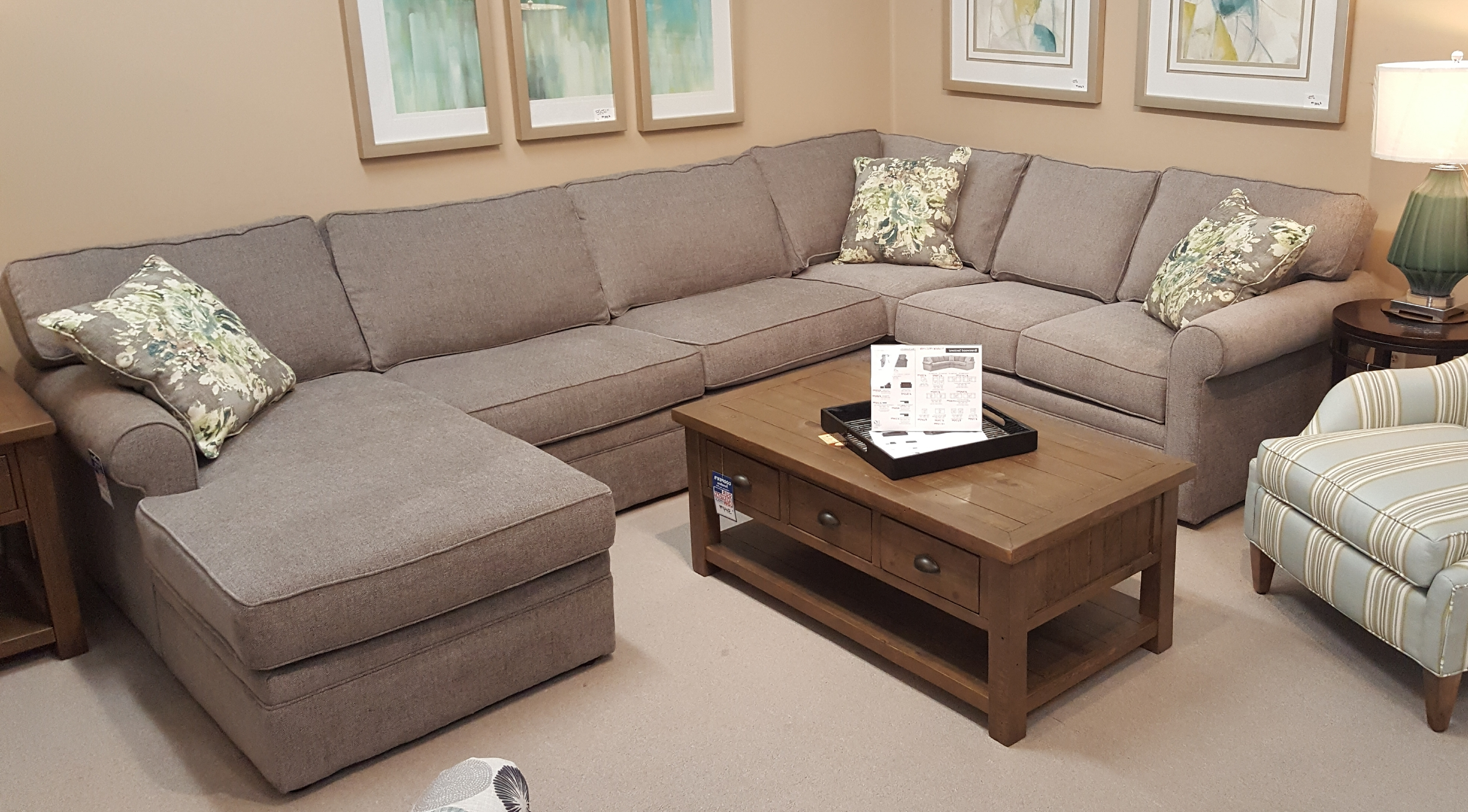 Sofas, Recliners, Sectionals For Durham Region Sectional Sofas (View 5 of 15)