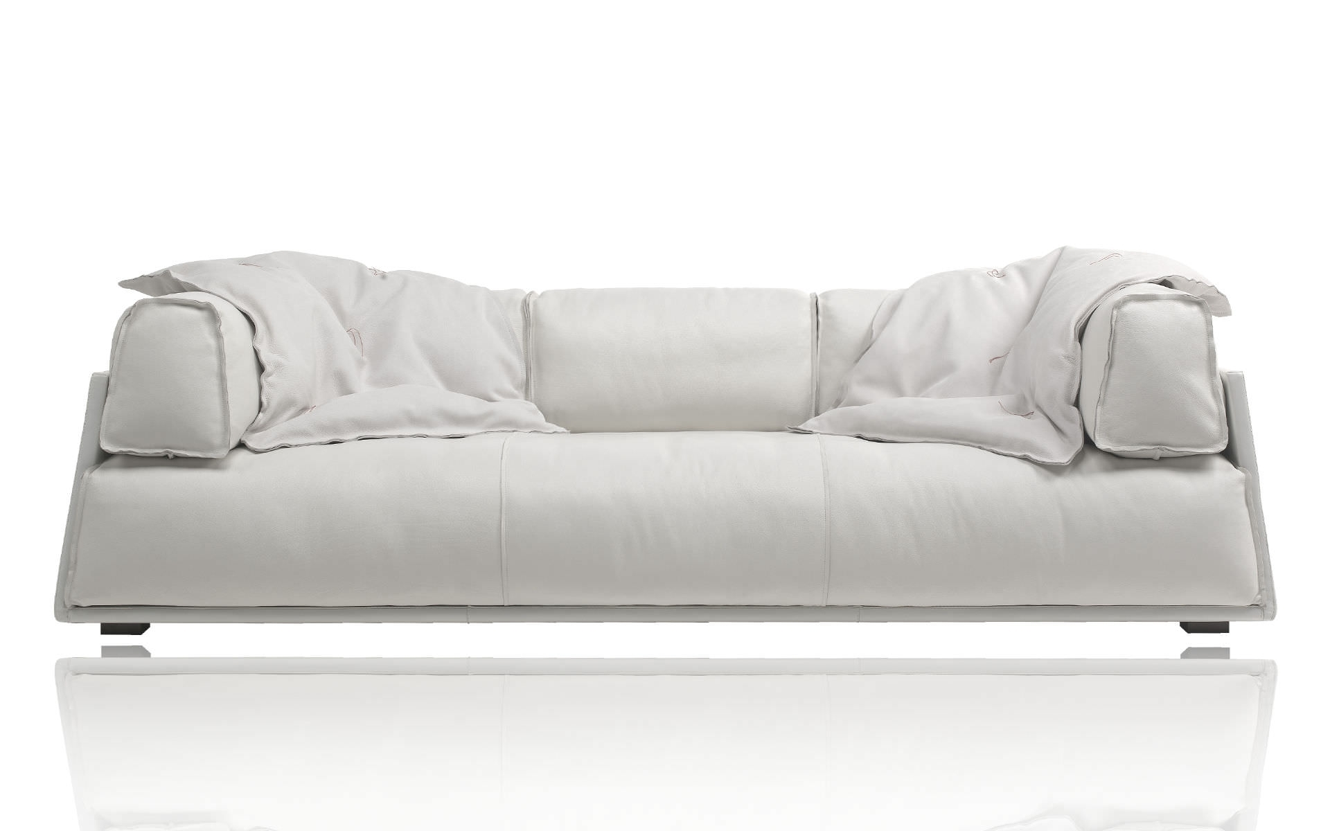 Soft Sofa – Mforum In Well Liked Soft Sofas (View 5 of 15)