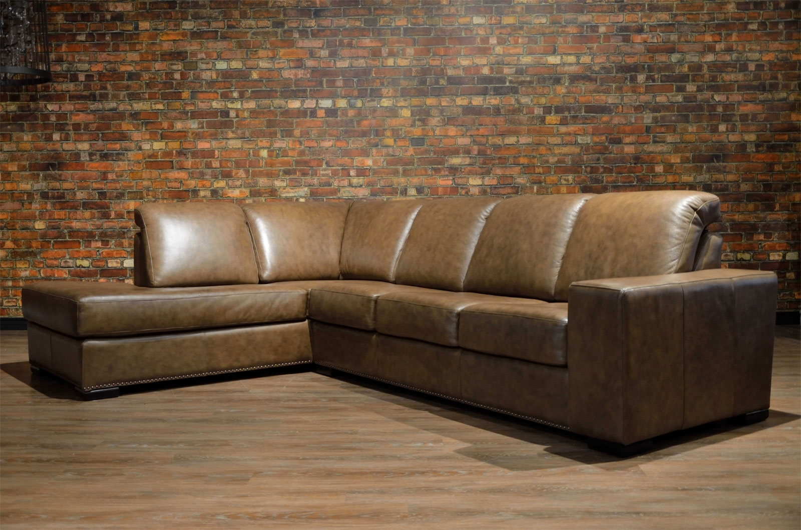Toronto's Premier Custom Leather Sofas. Made In Canada (View 15 of 15)