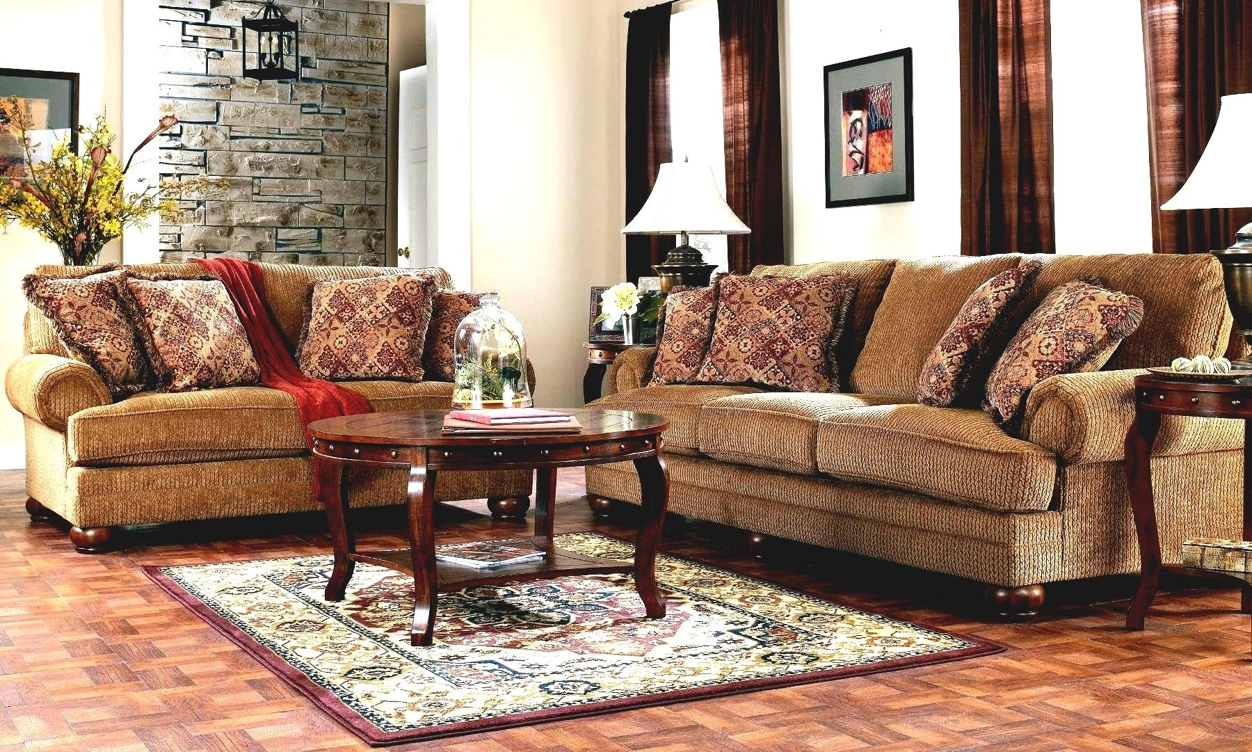 Traditional Fabric Sofas With Regard To Trendy Beautiful Traditional Modern Living Room Furniture Leather Inside (View 7 of 15)
