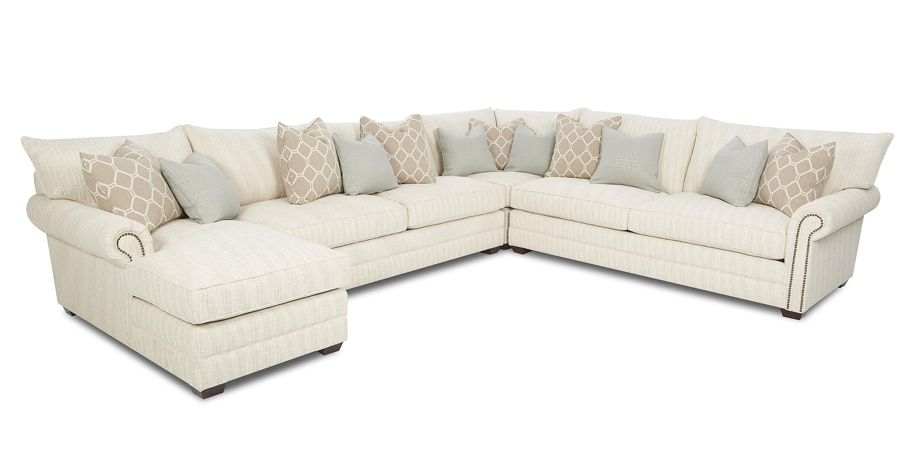 Traditional Sectional Sofa With Nailhead Trim And Chaise Lounge For Most Recent Sectional Sofas With Nailheads (View 3 of 15)