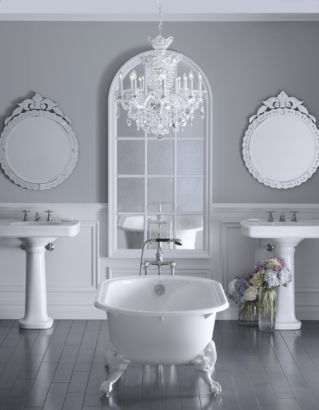 Trendy Bathroom: Bathroom Chandeliers For Beautiful And Elegant Bathroom Intended For Chandeliers For The Bathroom (View 13 of 15)