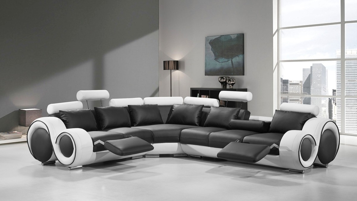Trendy Divani Casa 4087 Modern Black And White Bonded Leather Sectional Throughout Contemporary Sectional Sofas (View 14 of 15)