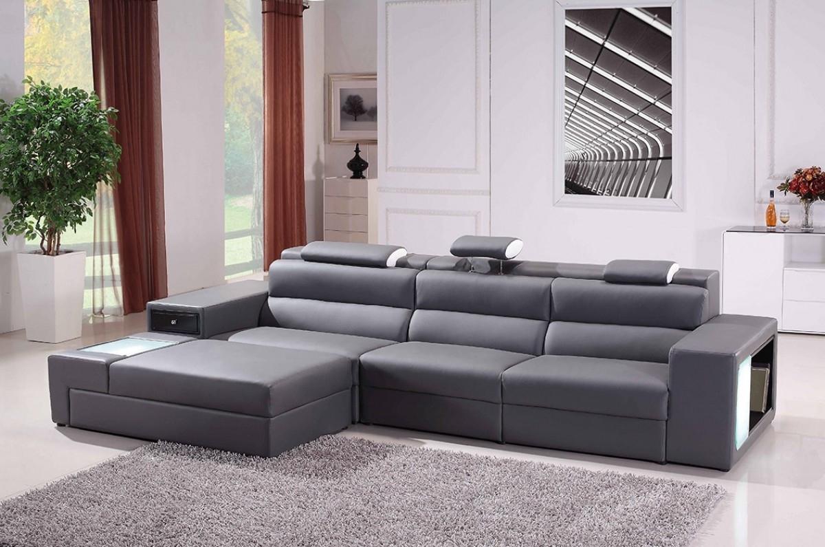 Trendy Divani Casa Polaris Mini – Contemporary Bonded Leather Sectional Sofa In Mini Sectional Sofas (View 5 of 15)