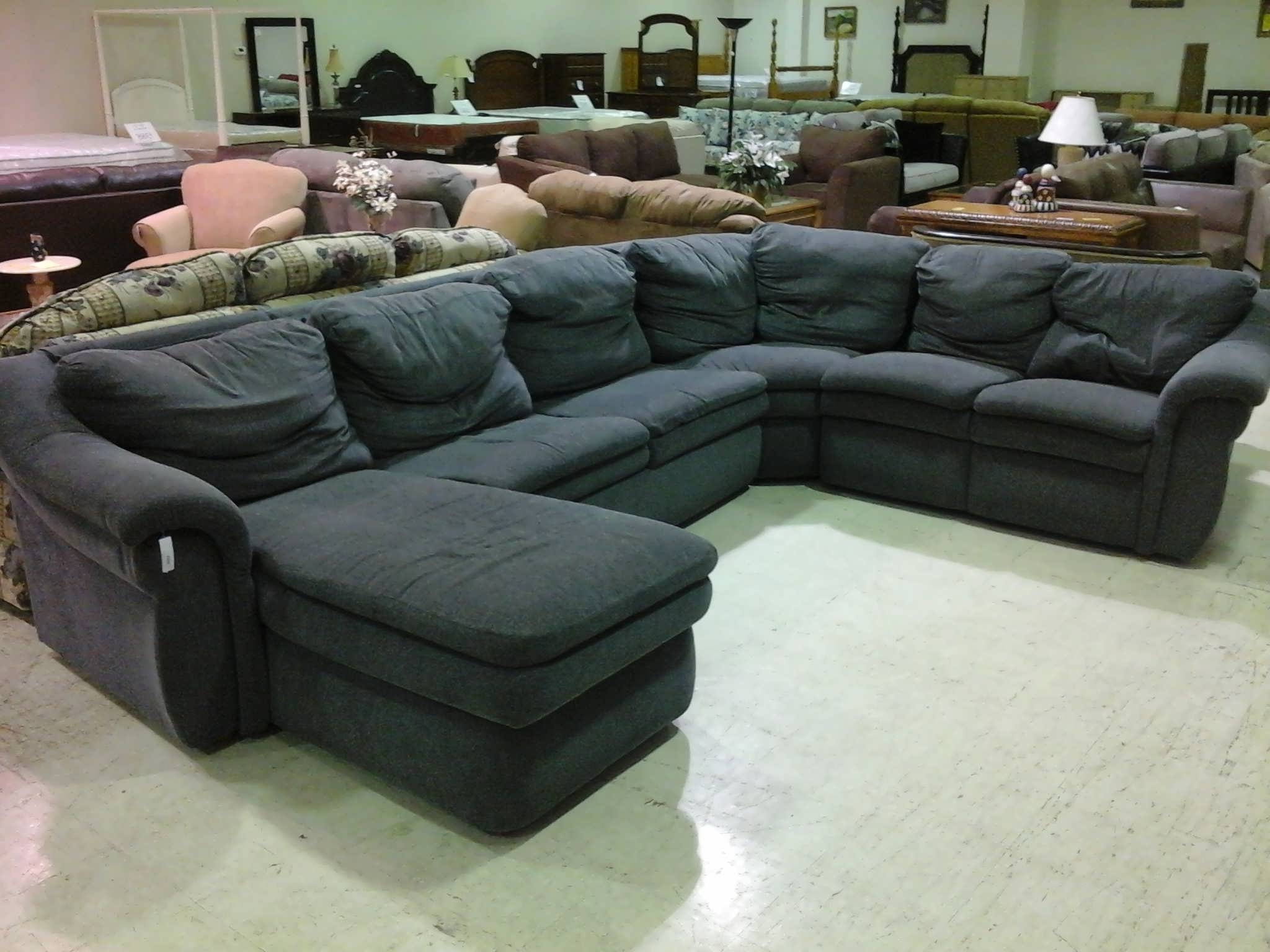 Trendy Sofa : Large Sectional Grey Leather Sectional Couch With Chaise With Regard To Leather Sectional Sleeper Sofas With Chaise (View 5 of 15)