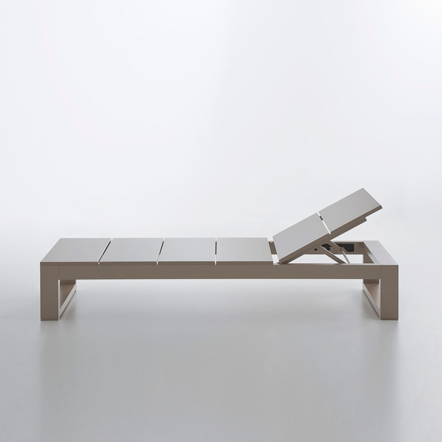 Tumbona Es Cavallet Modern Reclining Chaise Lounge Gandia Blasco Regarding Popular Modern Outdoor Chaise Lounges (View 15 of 15)