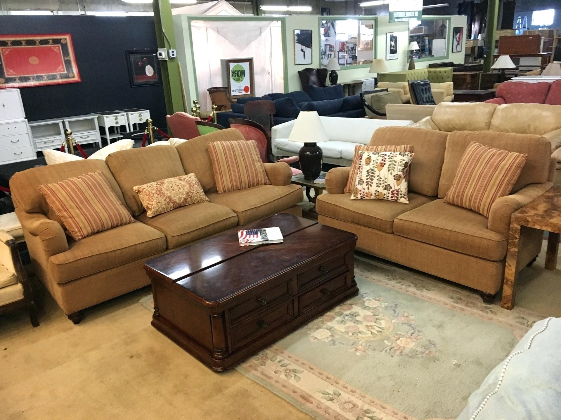 Vaughan Sectional Sofas Regarding Best And Newest Bassett Couch – Ncgeconference (View 14 of 15)