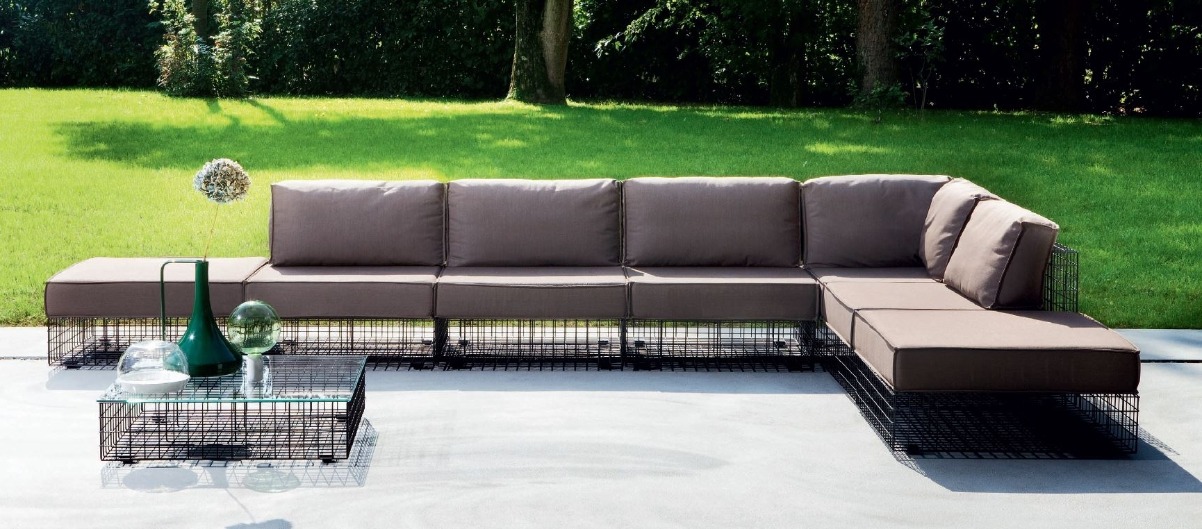 Well Known Awesome Modern Metal Garden Furniture Contemporary – Liltigertoo Intended For Outdoor Sofas And Chairs (View 13 of 15)