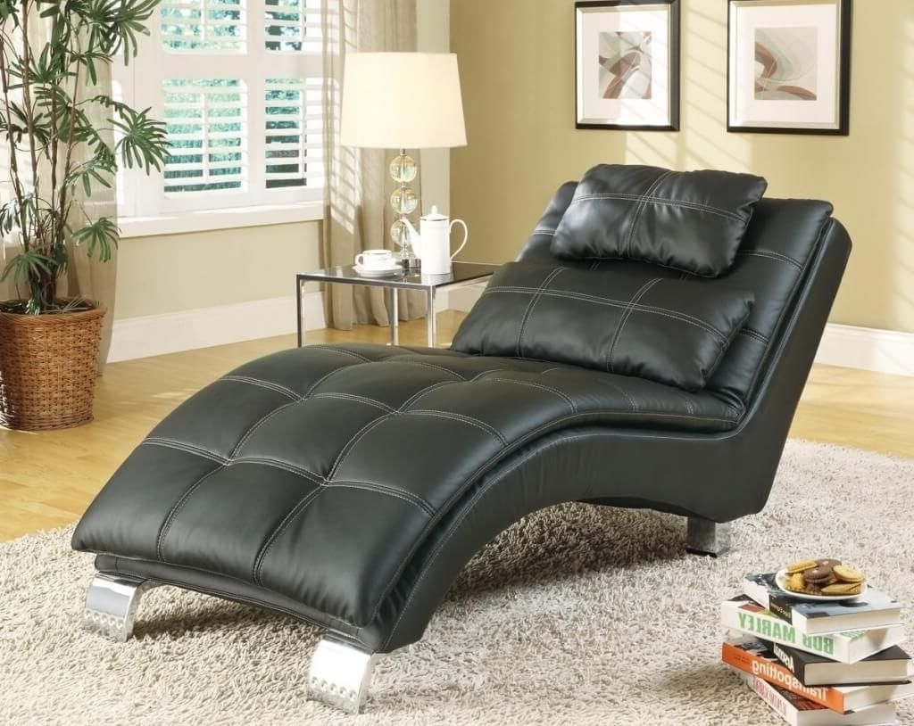 Well Known Comfortable Chaise Lounges Within Furniture: Comfortable Black Tufted Leather Chaise Lounge Sofa (View 11 of 15)