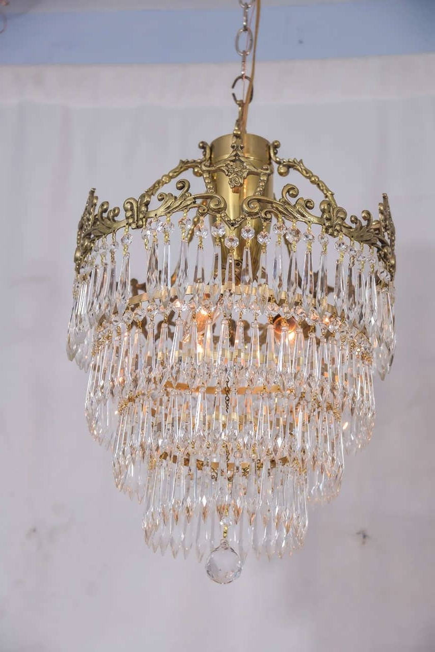 Well Known Crystal And Brass Chandelier With Regard To Chandelier : Small Crystal Chandelier Pendant Lighting Vintage (View 4 of 15)