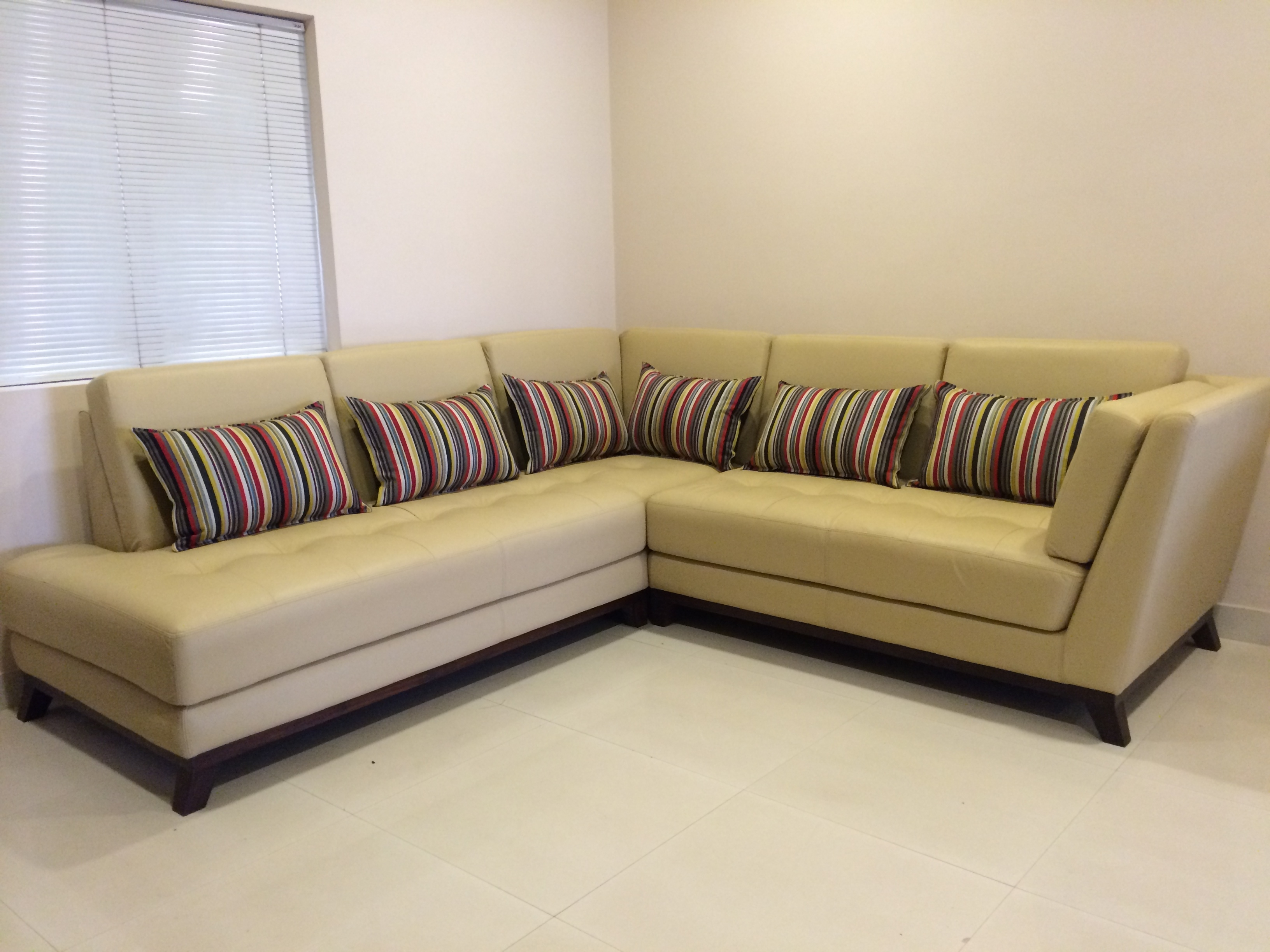 Well Known Customized Leather Sofa Singapore (View 4 of 15)