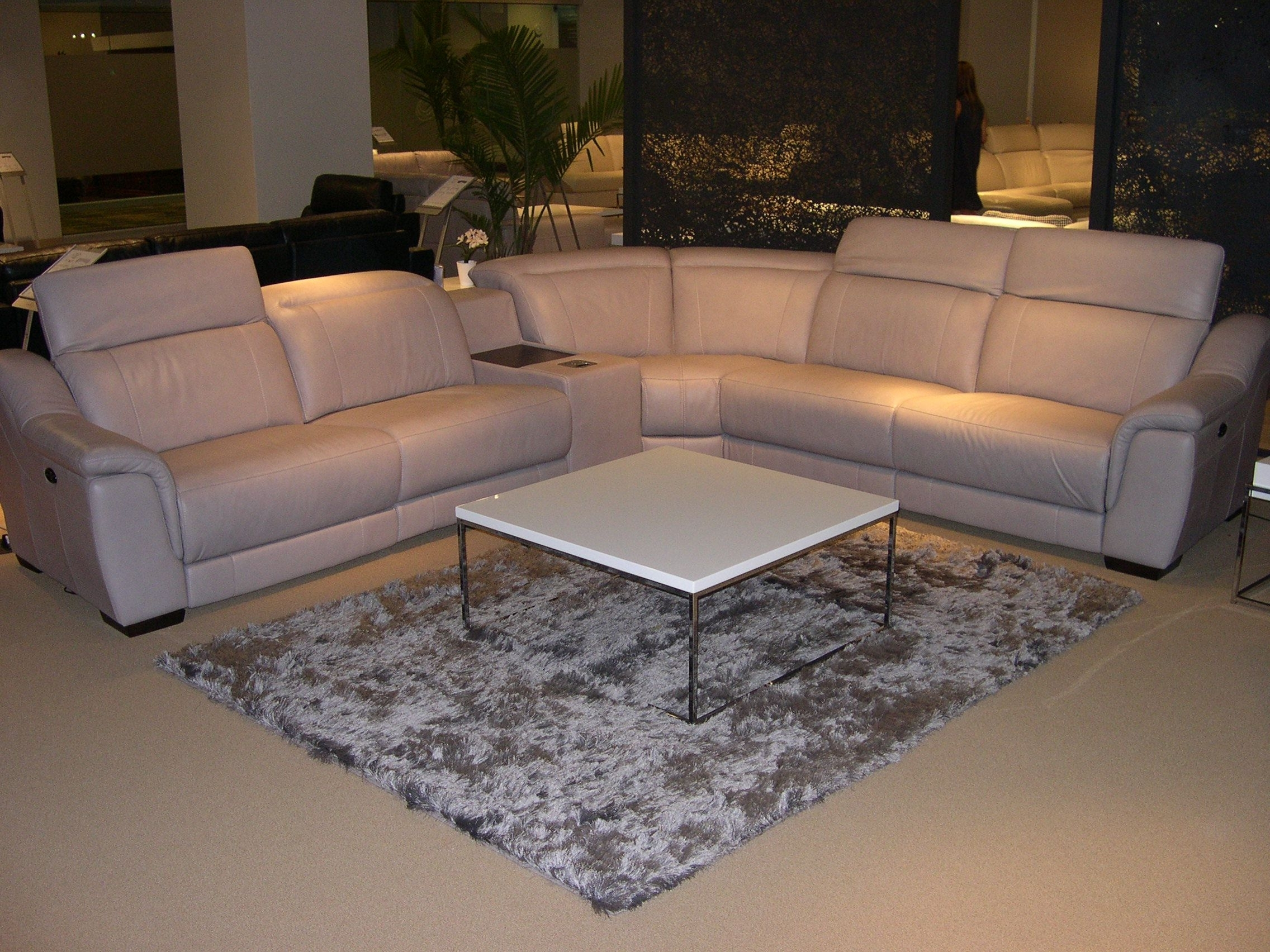 Well Known Las Vegas Sectional Sofas In Htl Leather Sectional – Adjustable Headrests (View 14 of 15)