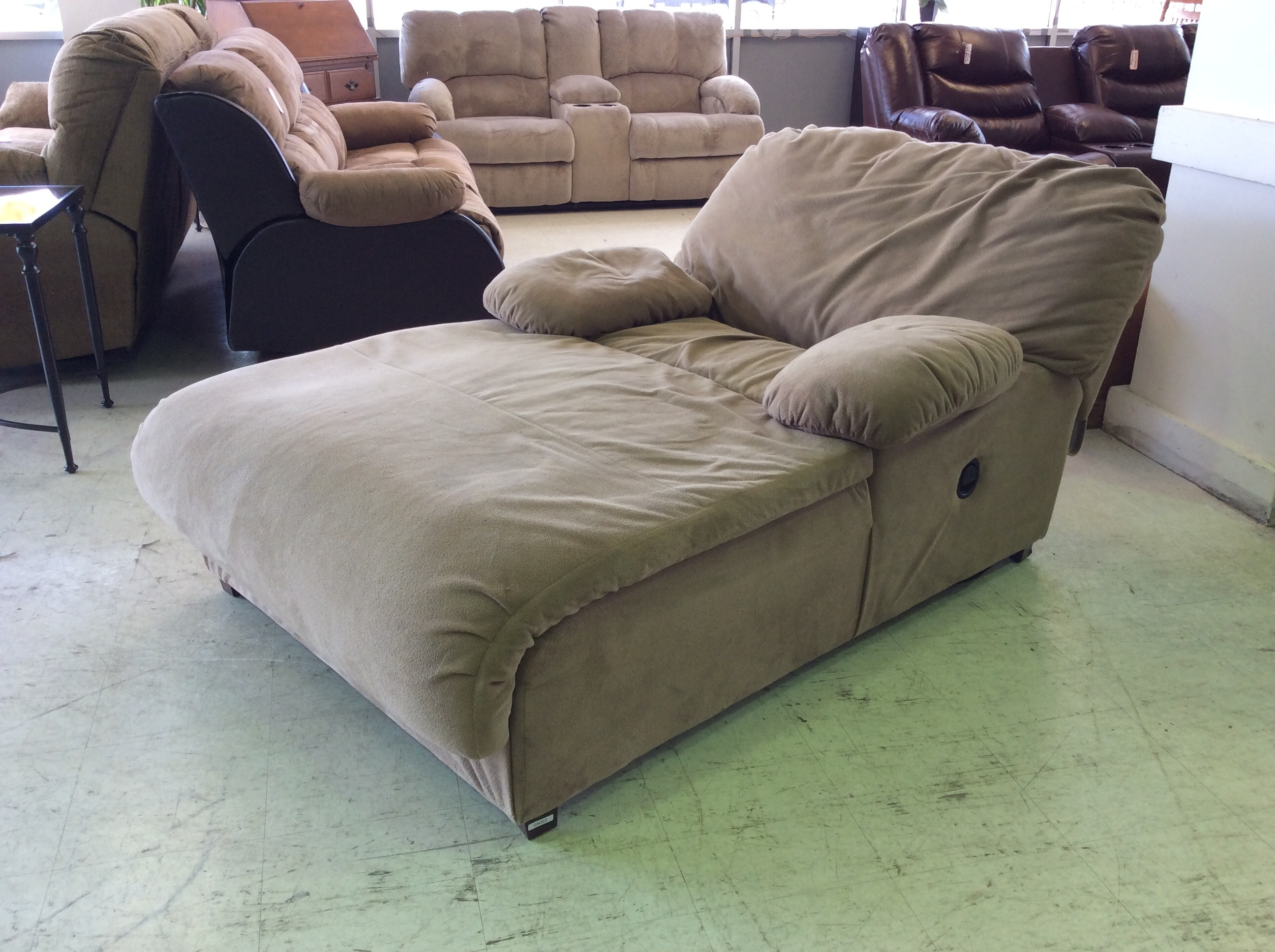 Well Known Reclining Chaise Lounges Inside Lounge Chair : Bedroom Chaise Lounge Chairs For Awesome Bedroom (View 14 of 15)