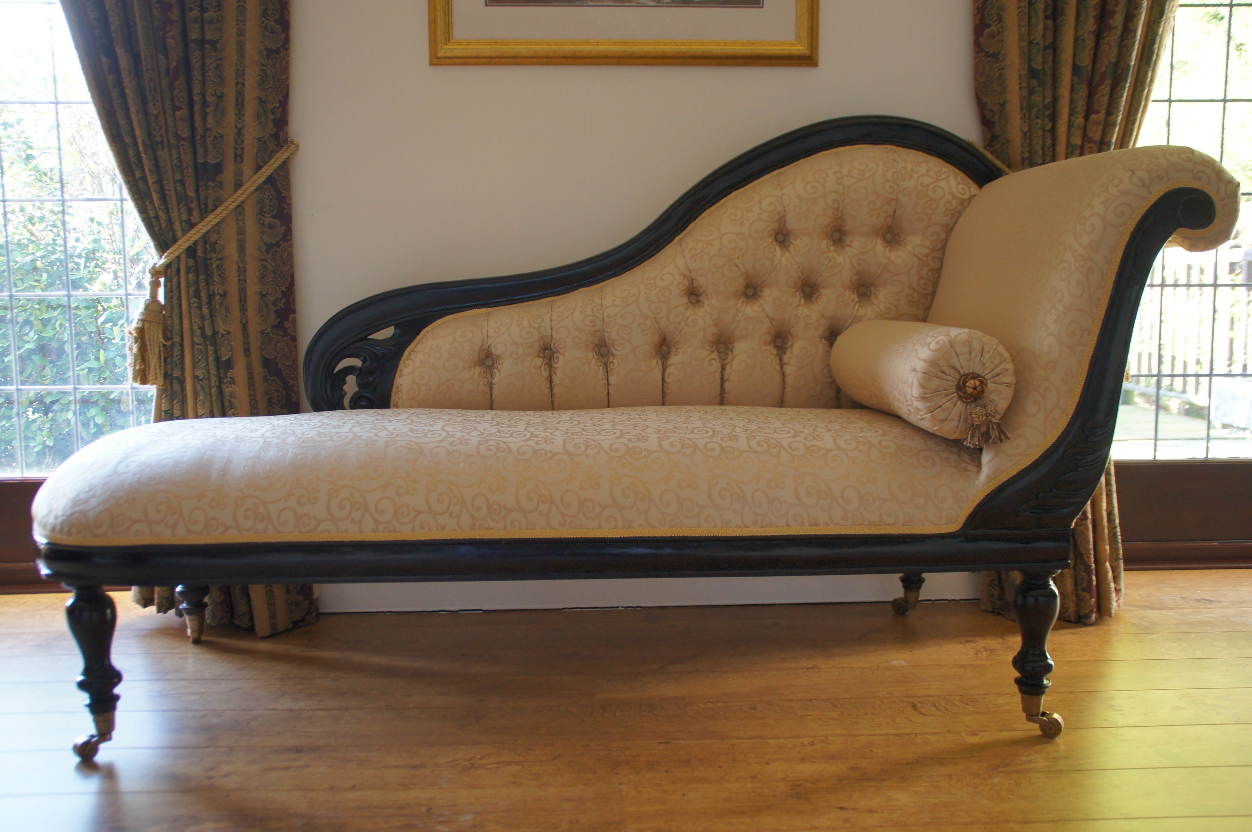Well Known Victorian Chaise Lounge Chairs Regarding Vintage White Leather Victorian Chaise Lounge Sofa With Black (View 15 of 15)