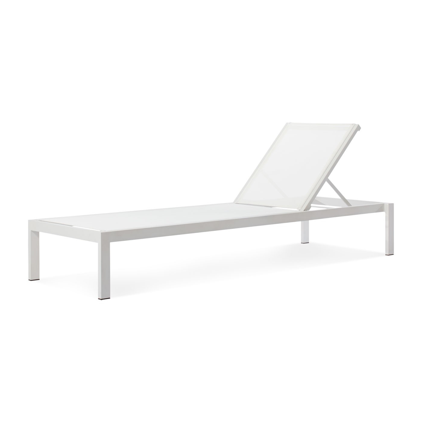 Well Known White Outdoor Chaise Lounge Chairs With Skiff Outdoor Sun Lounger – Modern Outdoor Furniture – Blu Dot (View 11 of 15)