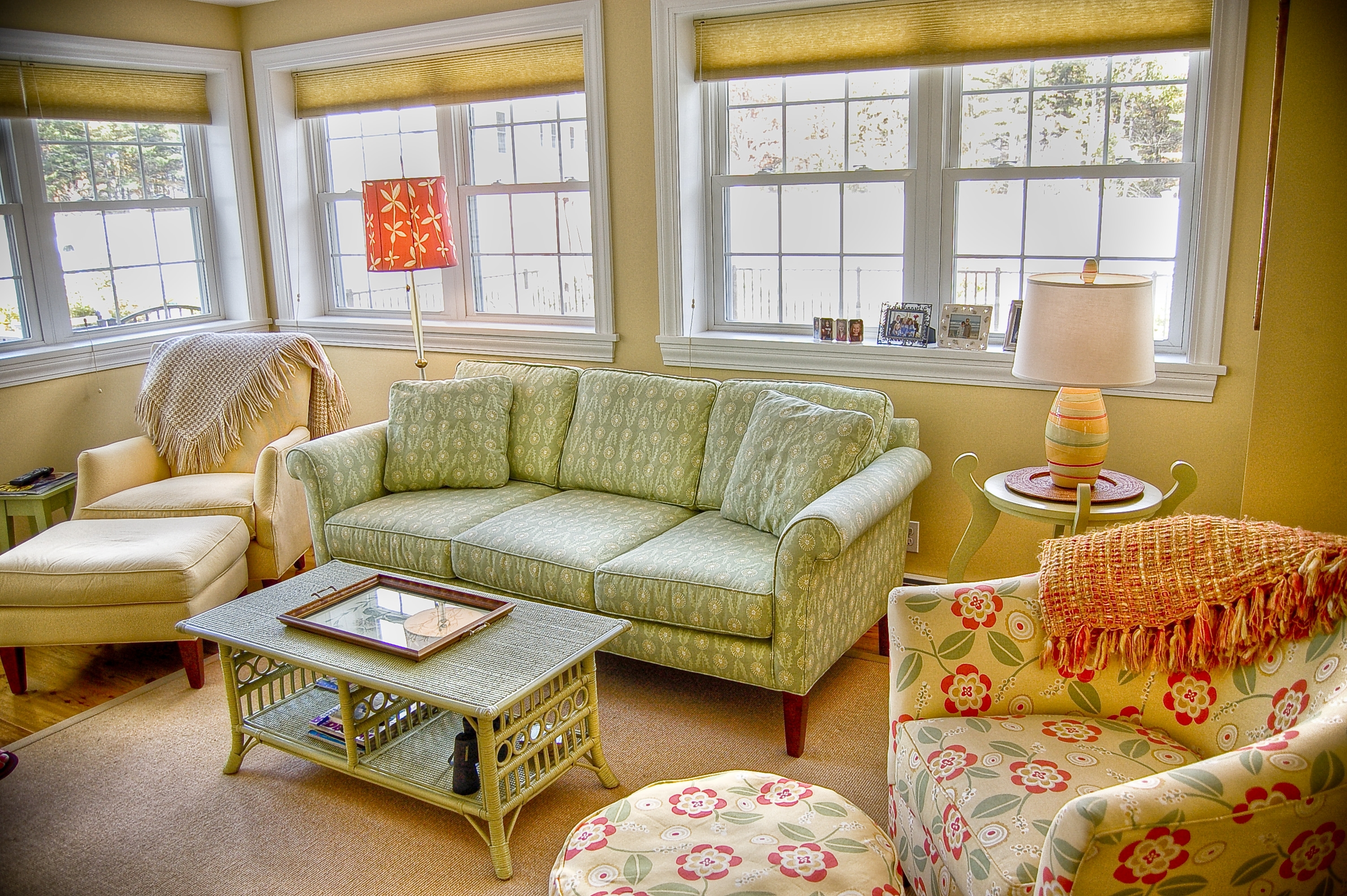 Well Liked Cottage Style Sofas And Chairs With Living Room : Cottage Furniture In Living Room Beautiful Photo 40+ (View 14 of 15)