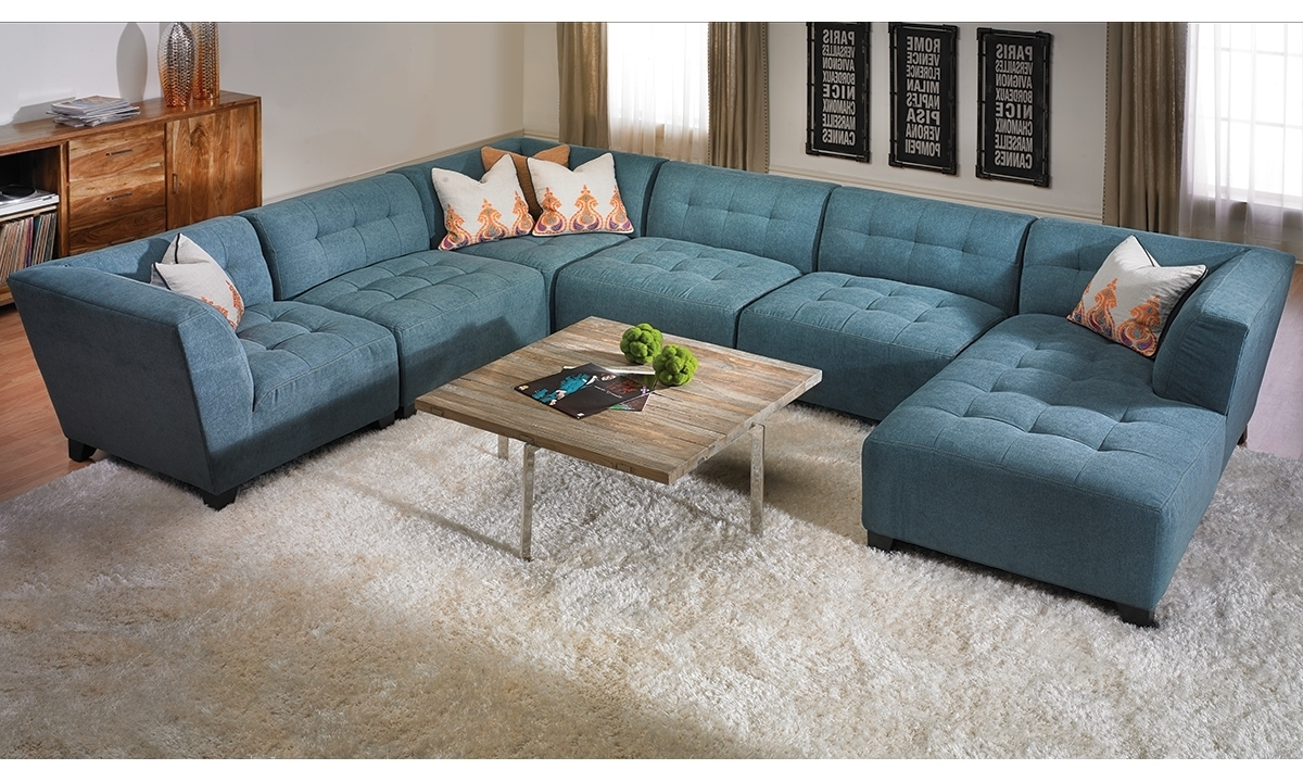 Well Liked U Shape Blue Suede Tufted Sectional Sofa With Right Chaise Lounge For Tufted Sectionals With Chaise (View 11 of 15)