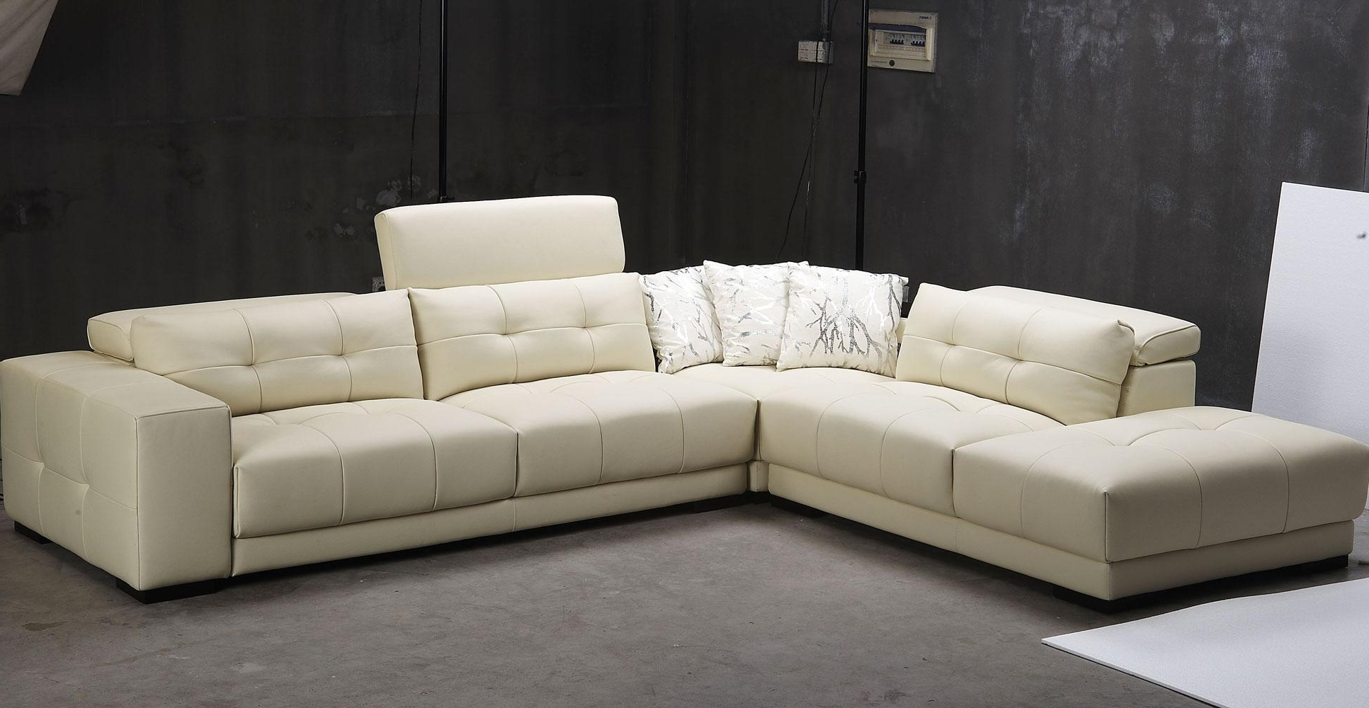 White Leather Sectionals With Chaise Inside Newest Best Modern 3 Piece White Leather Sectional Sleeper Sofa With (View 13 of 15)