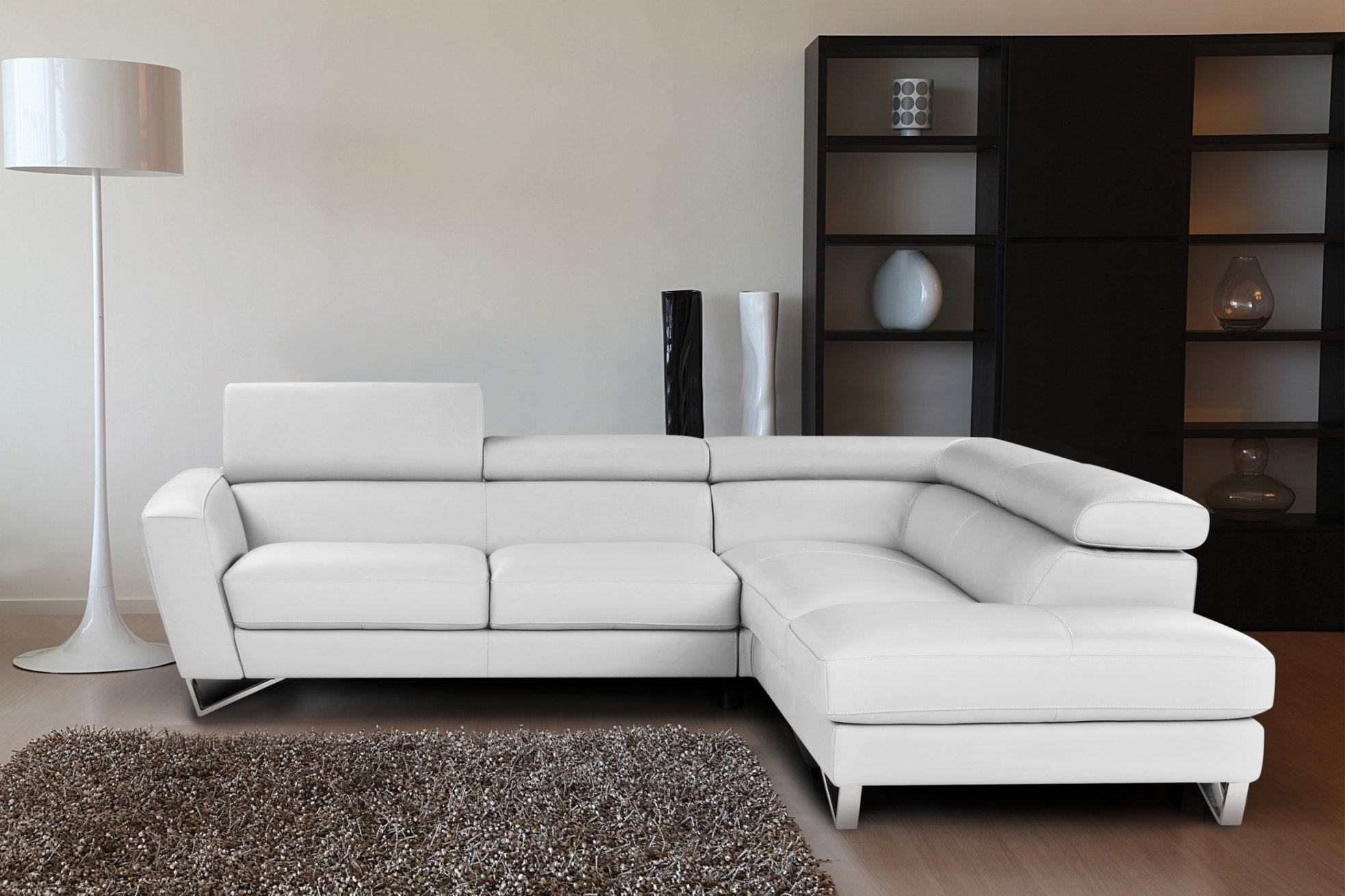 White Sectional Sofas With Chaise With Newest Italian Leather Modern Sectional Sofa Within White Sectional Sofa (View 5 of 15)