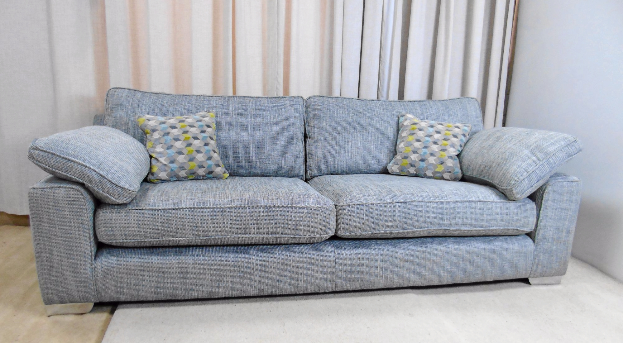 Whitemeadow Loft Large 4 Seater Sofa Within Best And Newest Large 4 Seater Sofas (View 15 of 15)