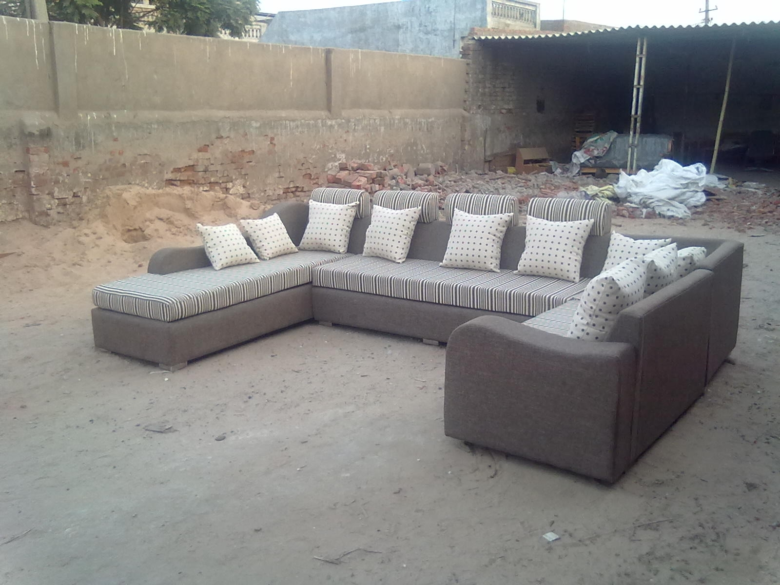 Widely Used C Shaped Sofas Pertaining To Shree Dinkar Furniture (View 13 of 15)