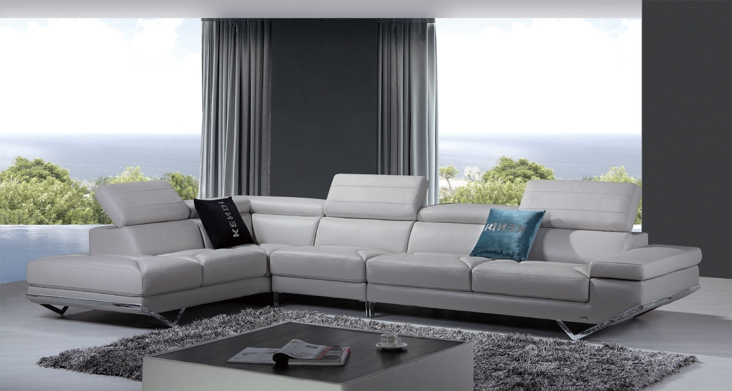Widely Used Light Grey Sectional Sofas Within Casa Quebec Modern Light Grey Italian Leather Sectional Sofa (View 9 of 15)
