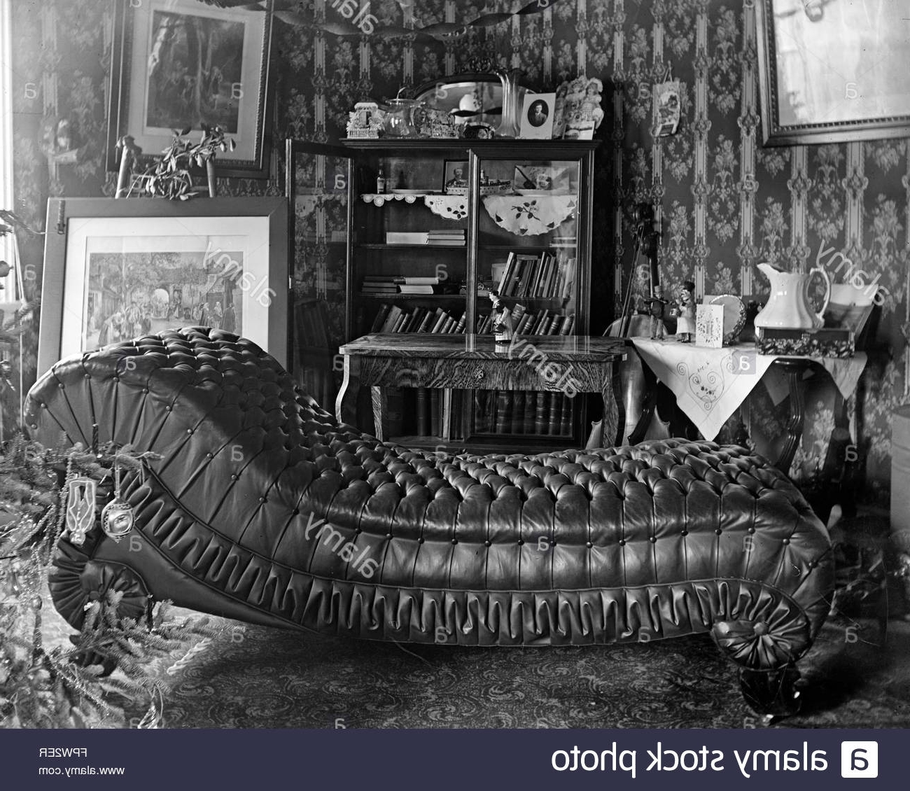 Widely Used Tufted Leather Chaises Inside Glass Negative Of Tufted Leather Chaise Lounge Daybed Couch In (View 15 of 15)