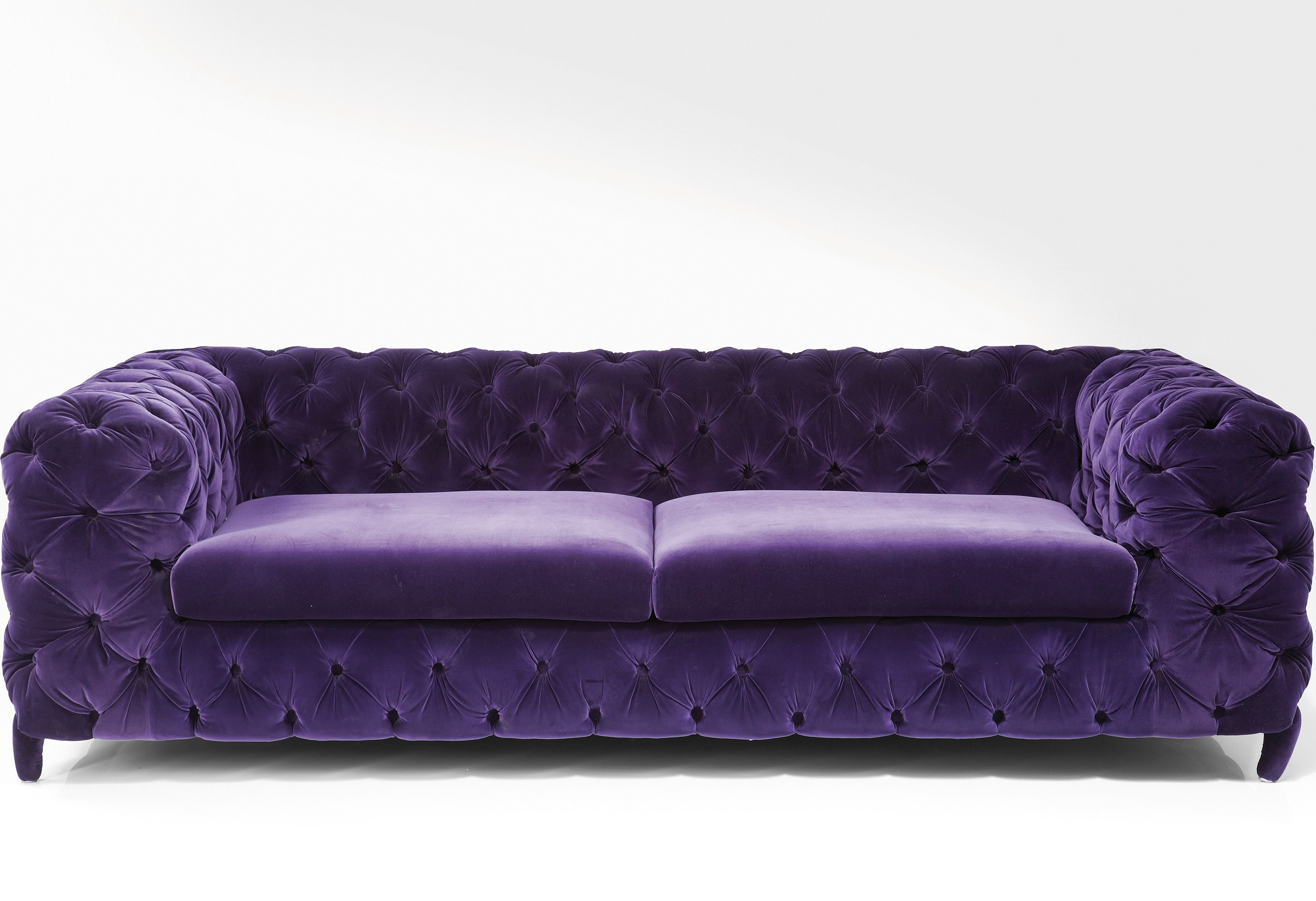 Widely Used We've Selected 20 Beautiful Velvet Sofas, In A Variety Of Modern Throughout Velvet Sofas (View 15 of 15)