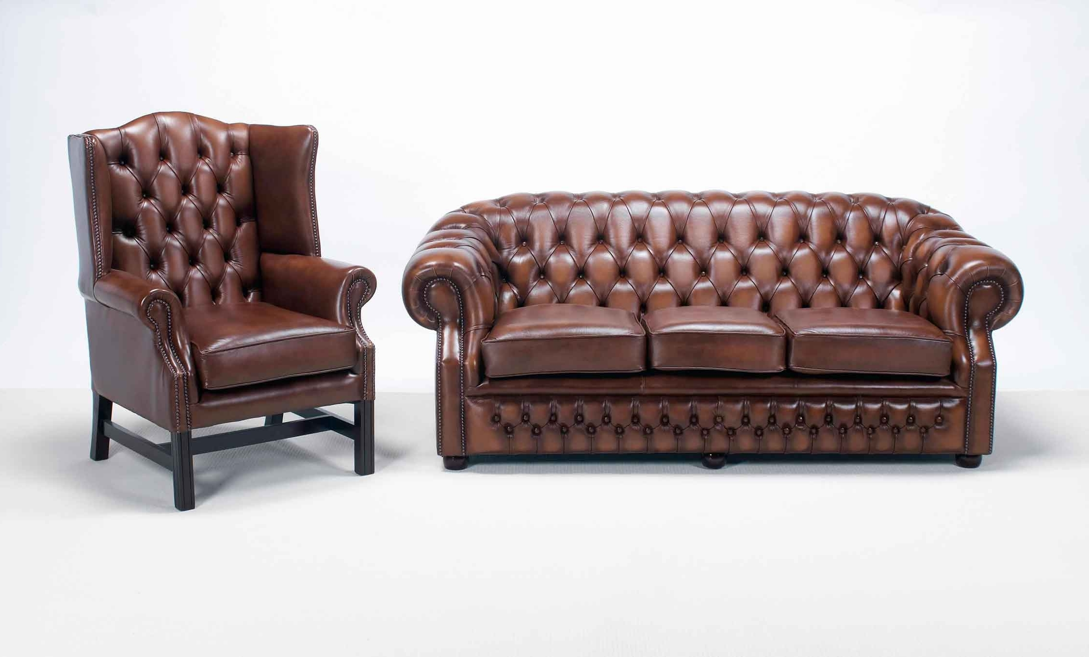 Windsor Chesterfield Sofa — Interior Home Design : How To Identify Regarding Popular Windsor Sofas (View 9 of 15)